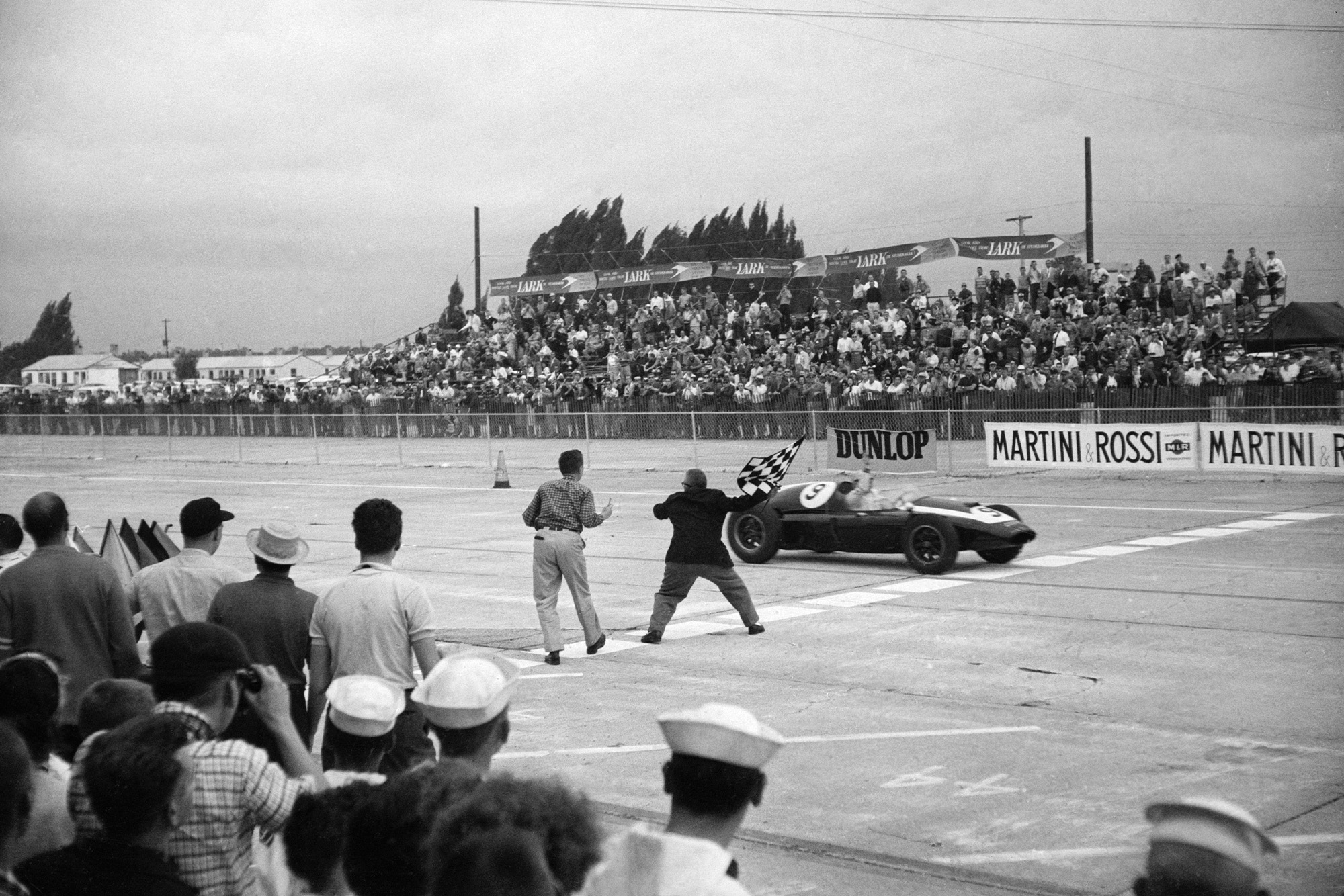 Bruce McLaren takes his first victory in the 1959 US Grand Prix at Sebring