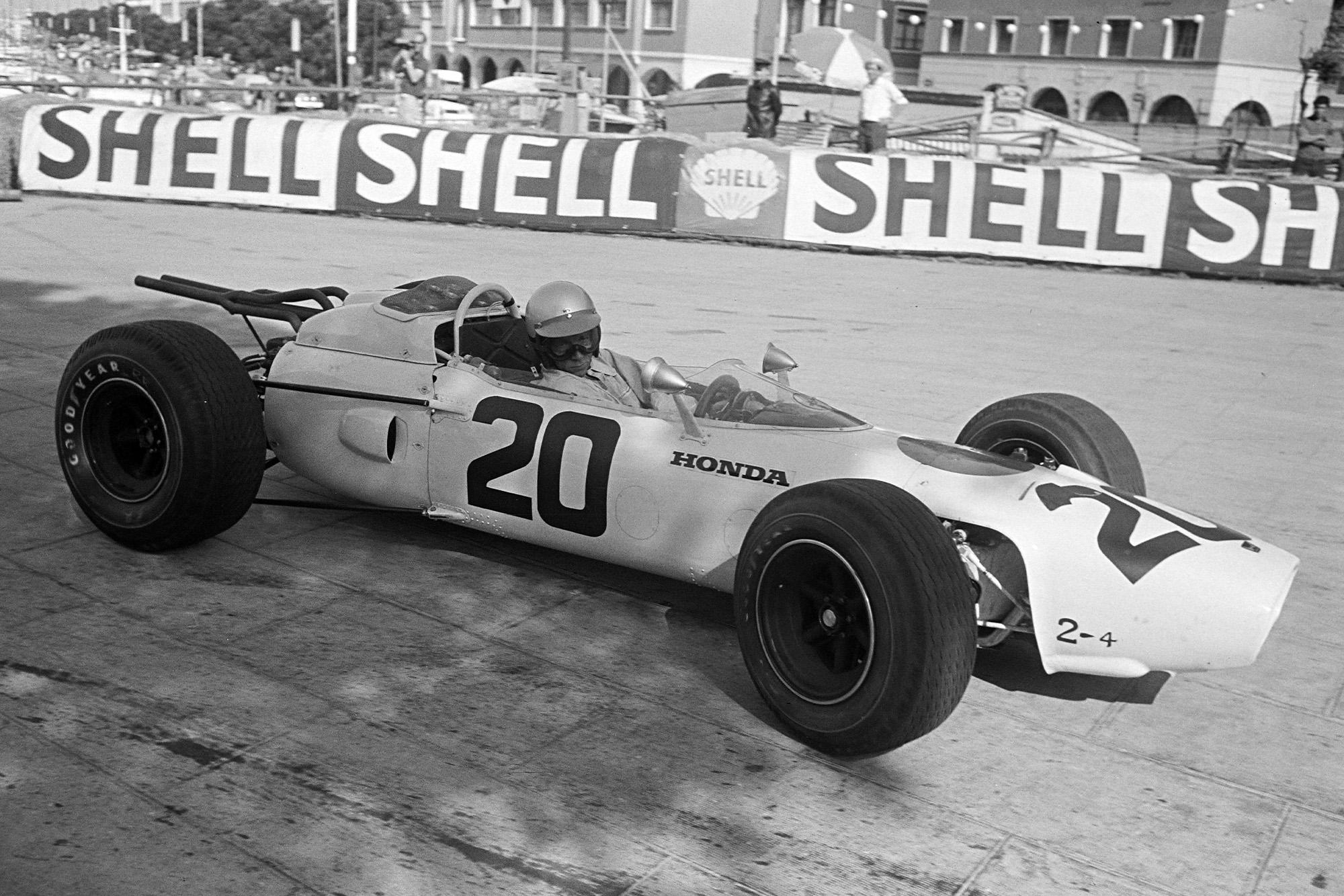 Richie Ginther, Honda RA272.