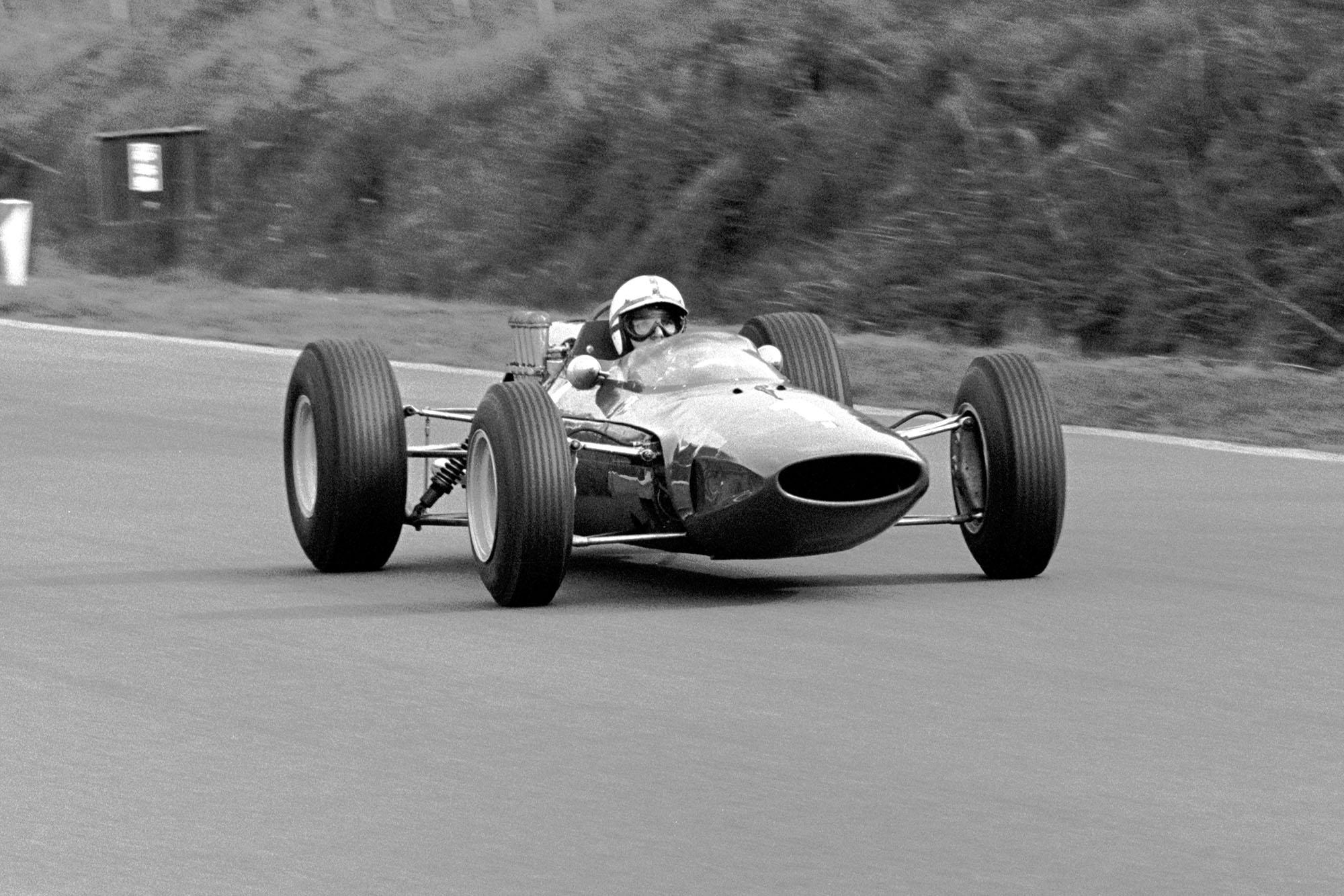 John Surtees (GBR) Ferrari 158.