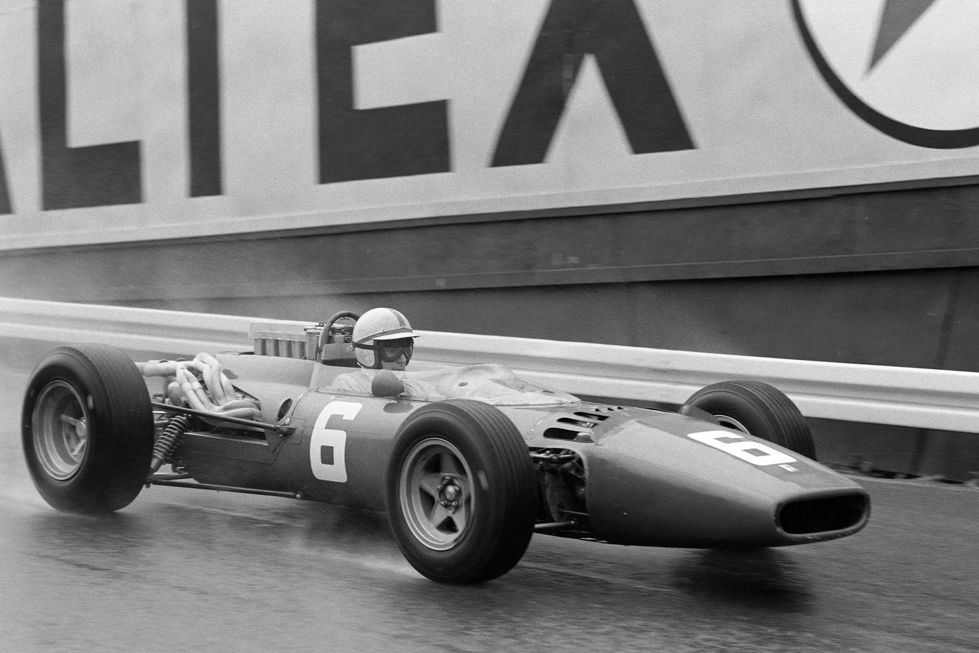 John Surtees, Ferrari 312.