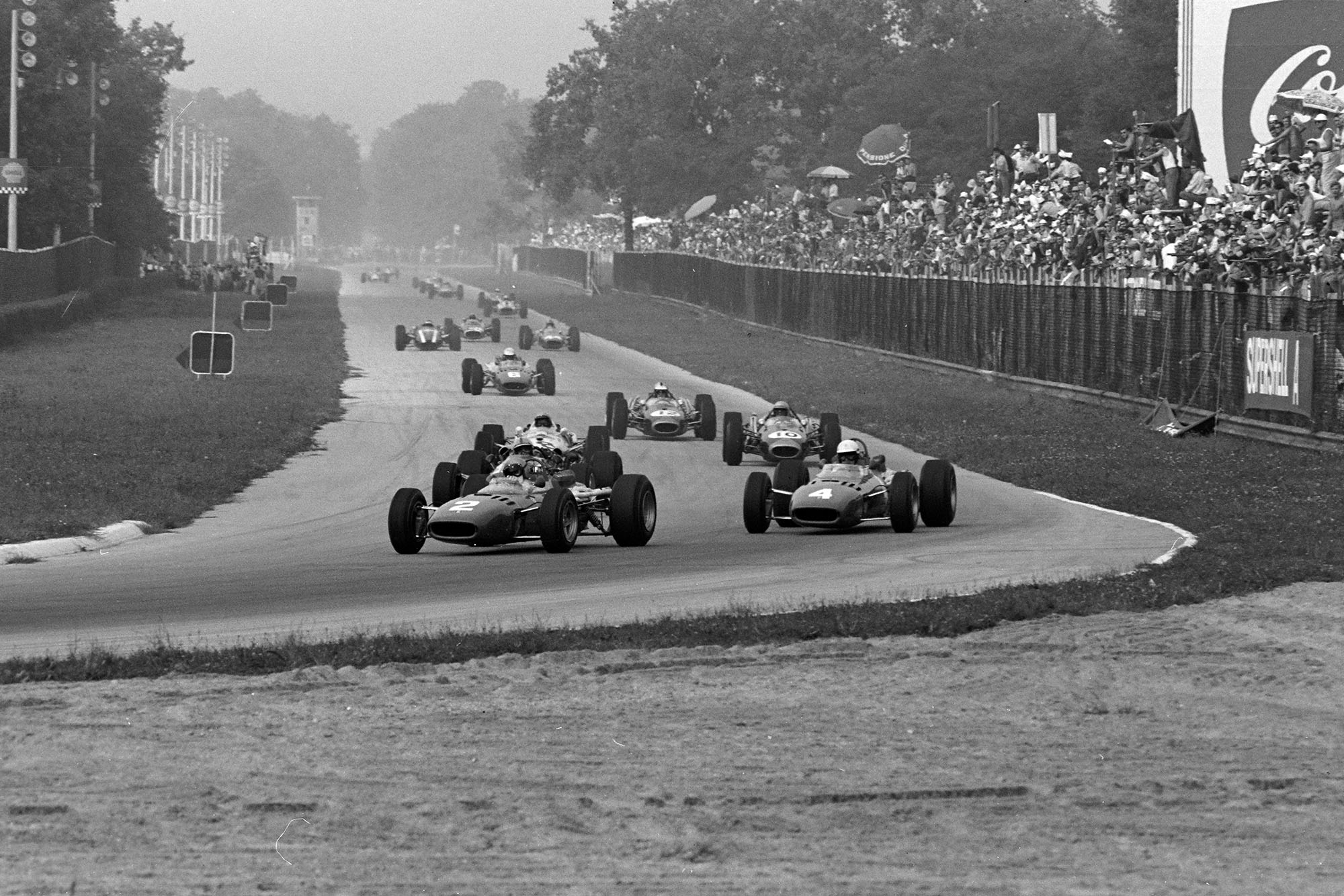 Lorenzo Bandini, Ferrari 312 leads Mike Parkes, Ferrari 312.