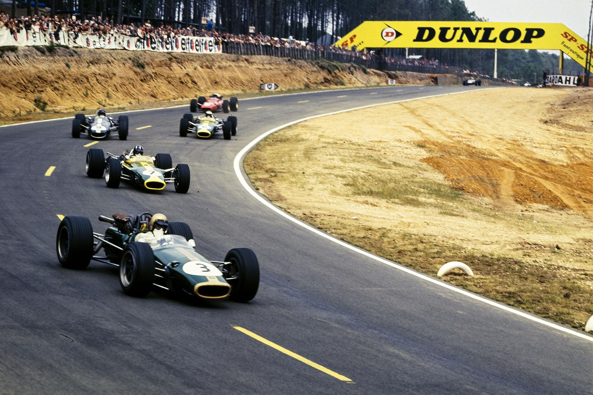 Jack Brabham, Brabham BT24 Repco, leads Graham Hill, Lotus 49 Ford, Dan Gurney, Eagle T1G Weslake.