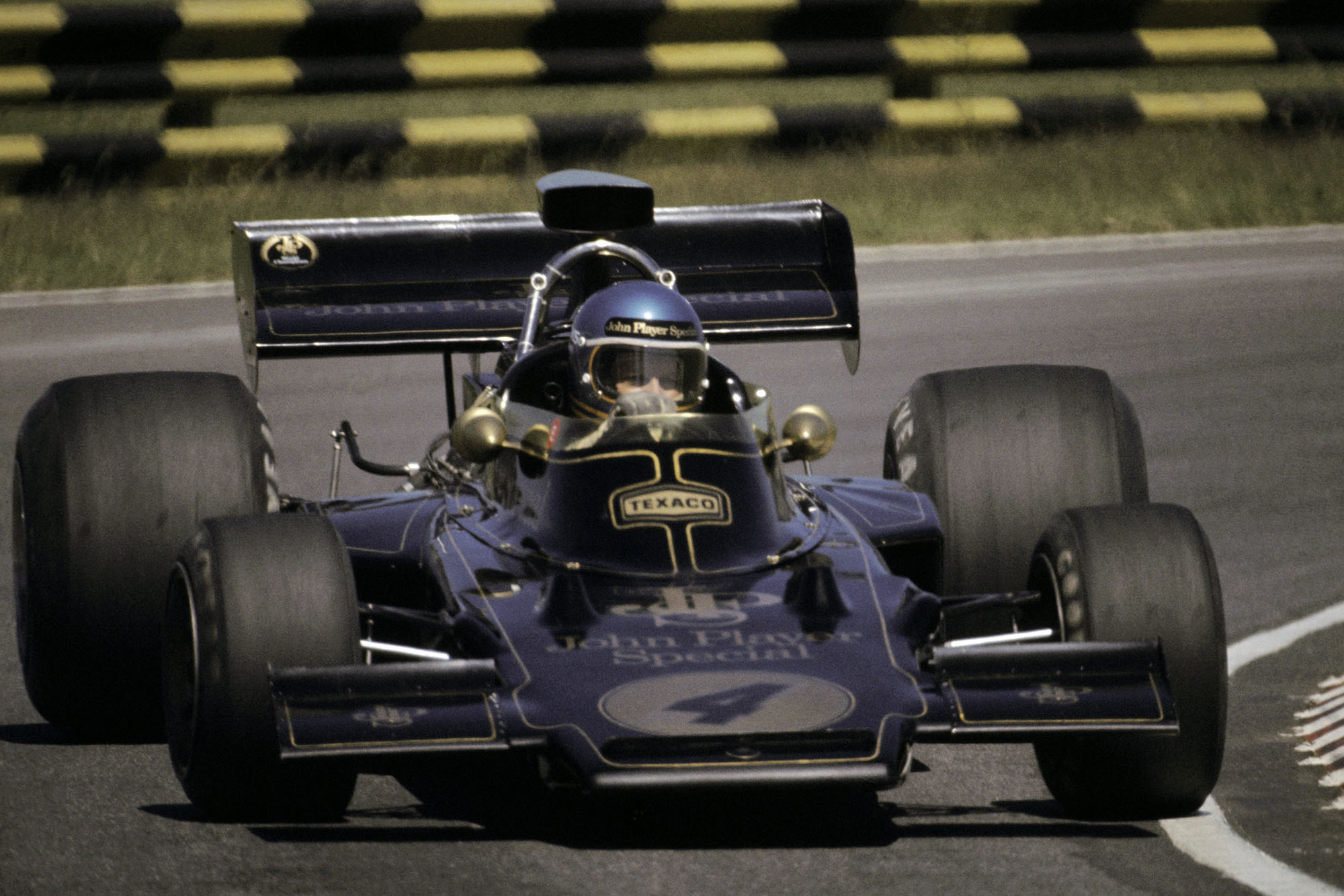 Ronnie Peterson (SWE) retired from his Lotus debut with oil pressure trouble on his 72D on lap 68.