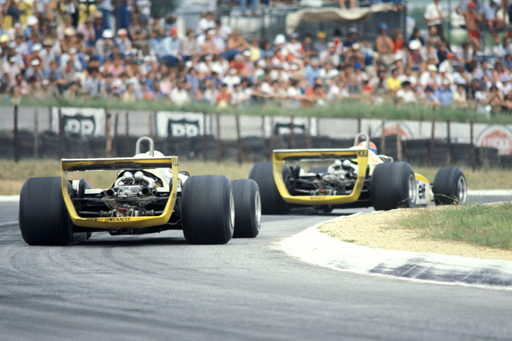 Jean-Pierre Jabouille in his Renault RE23 leads team mate and race winner Rene Arnoux, in a Renault RE21.