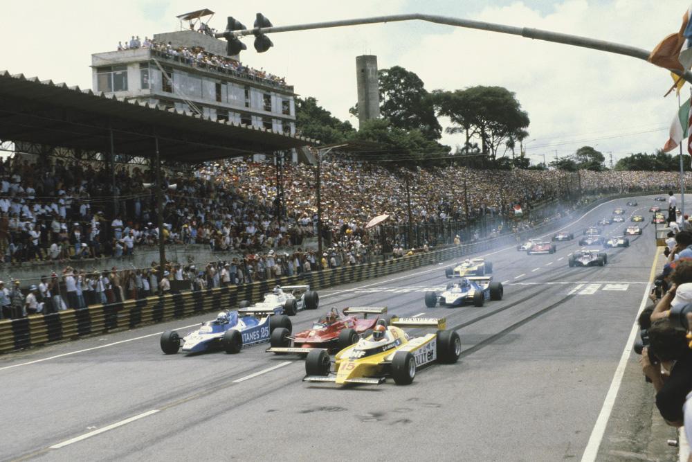 Jean-Pierre Jabouille, (Renault RE20) leads Didier Pironi, (Ligier JS11/15-Ford), Gilles Villeneuve, (Ferrari 312T5), Carlos Reutemann, (Williams FW07B-Ford), Jacques Laffite, (Ligier JS11/15-Ford), Rene Arnoux, (Renault RE20) and Elio de Angelis, (Lotus 81-Ford) at the start, action.