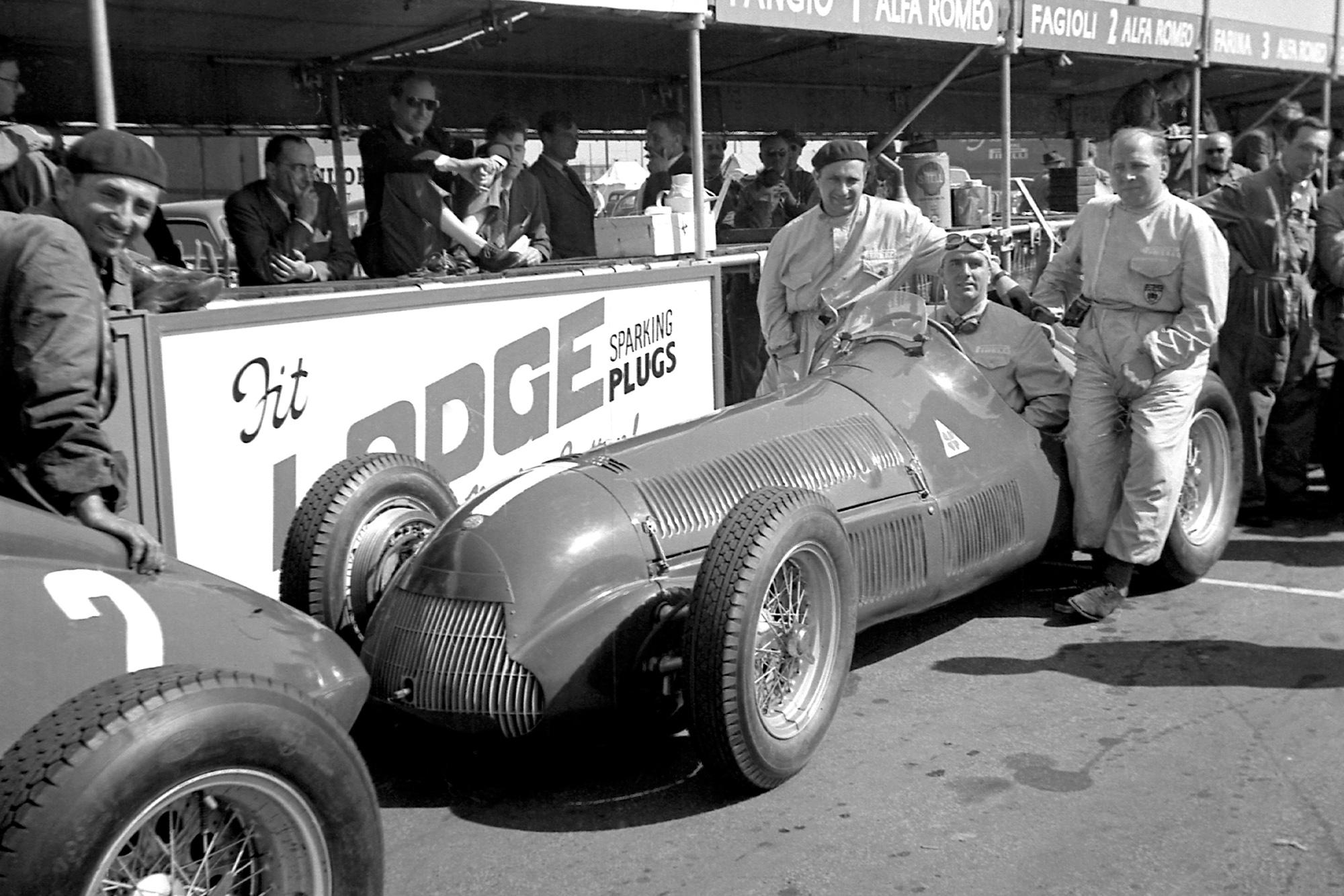 Juan Manuel Fangio Giuseppe Farina and Reg Parnell at the 1950 British Grand Prix at Silverstone