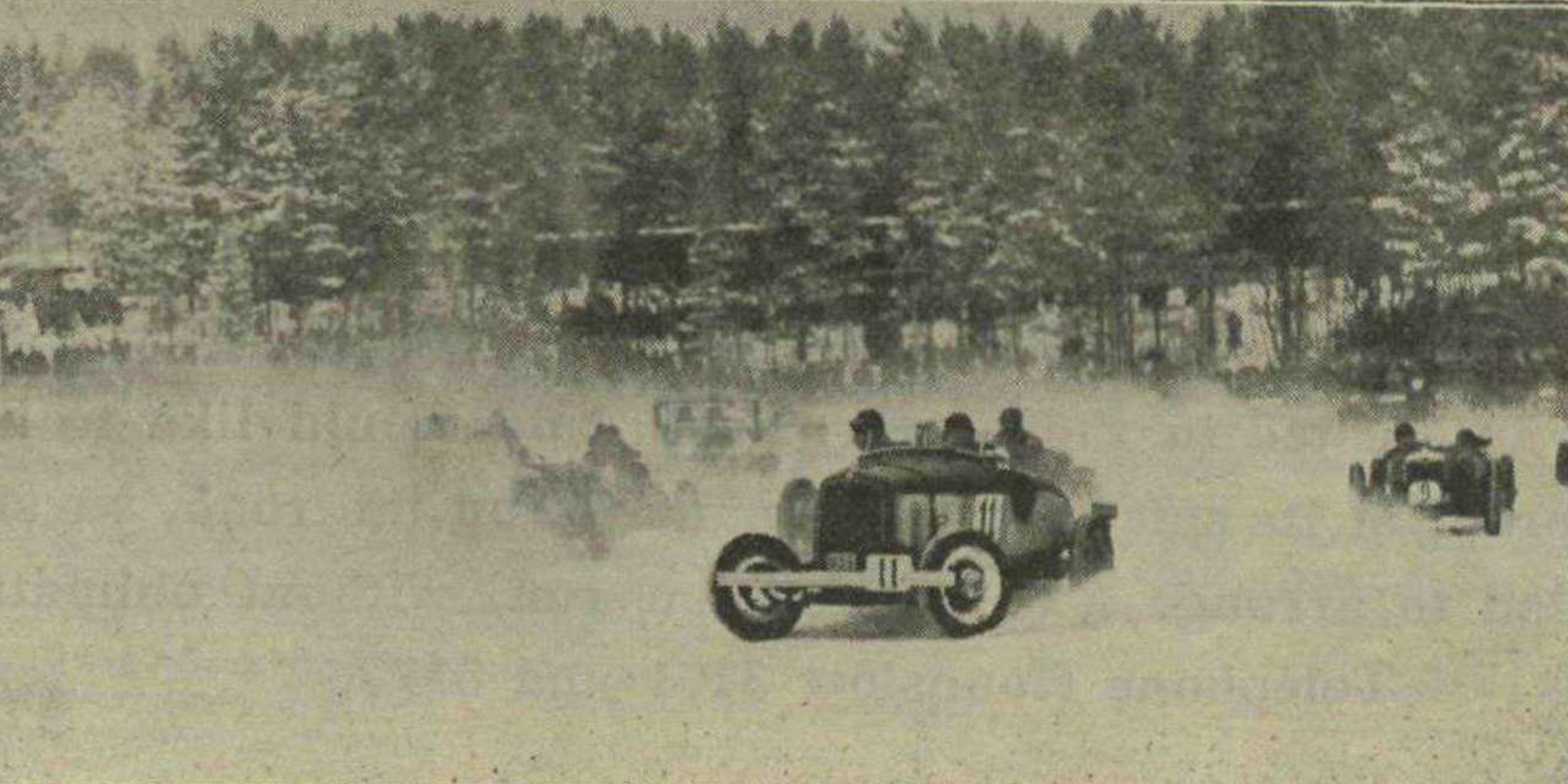 Ice-racing-Sweden-1933-from-Motor-Sport-Magazine
