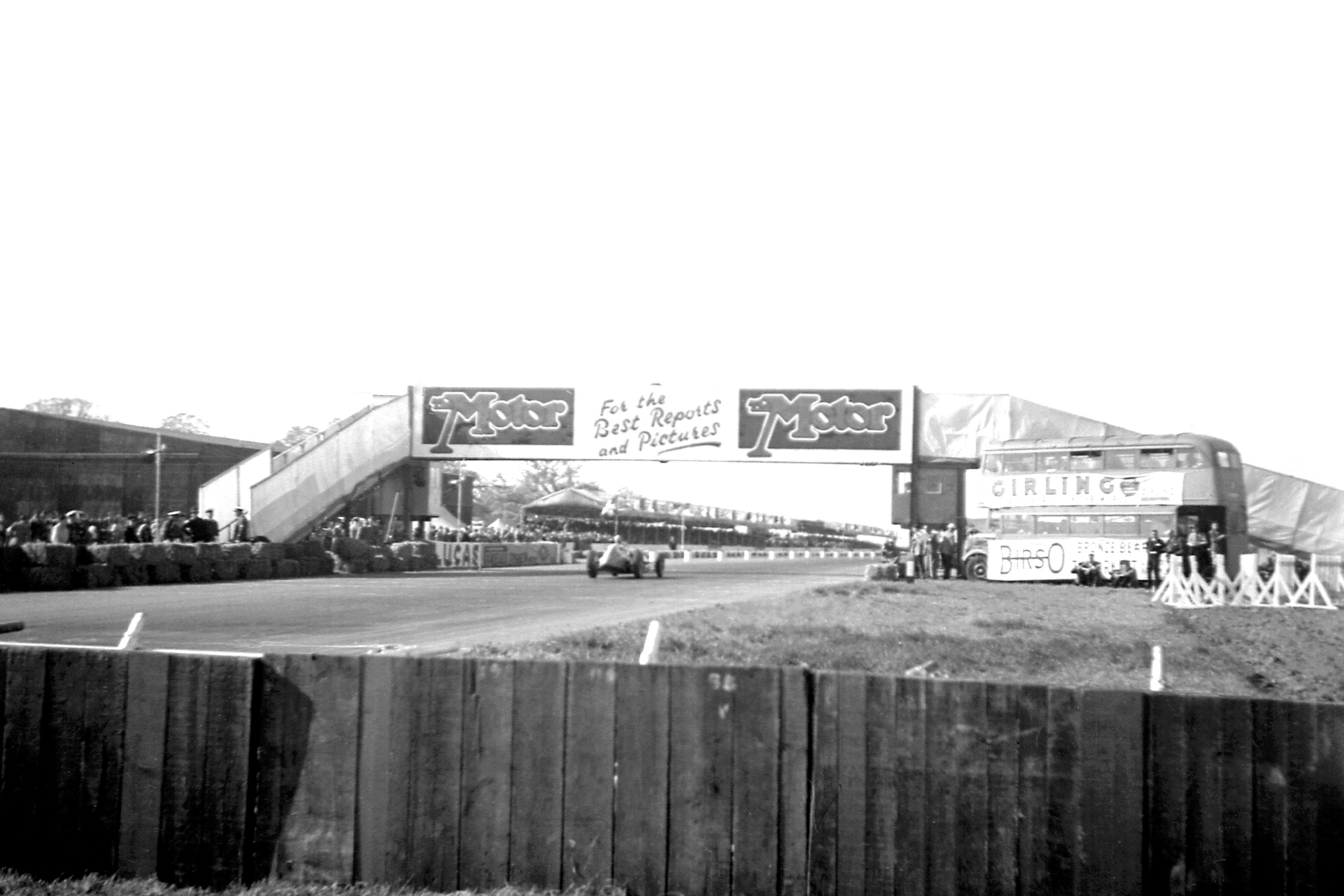 Startline bridge at the 1950 British Grand Prix