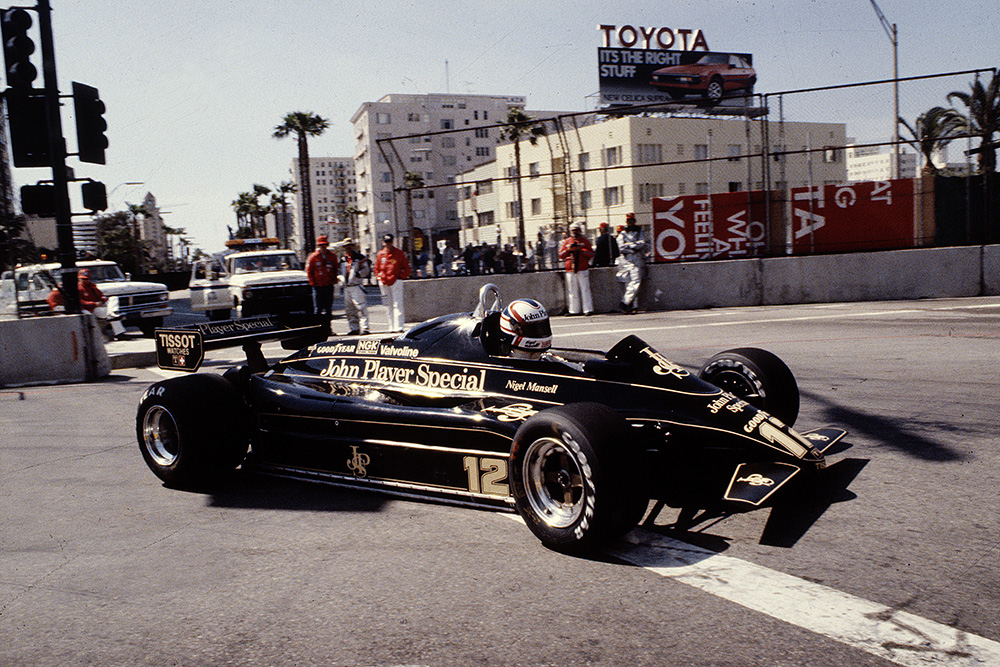 Nigel Mansell in a Lotus 91 Ford.