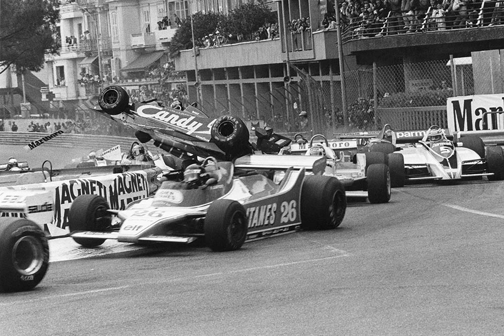 Derek Daly crashes at St. Devote on lap one.