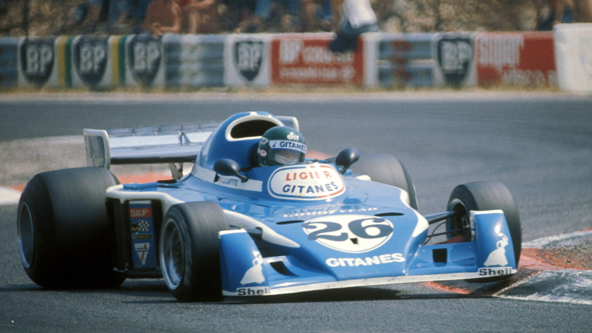 Jacques Laffite in the Liger Matra during the 1976 French Grand Prix at Paul Ricard