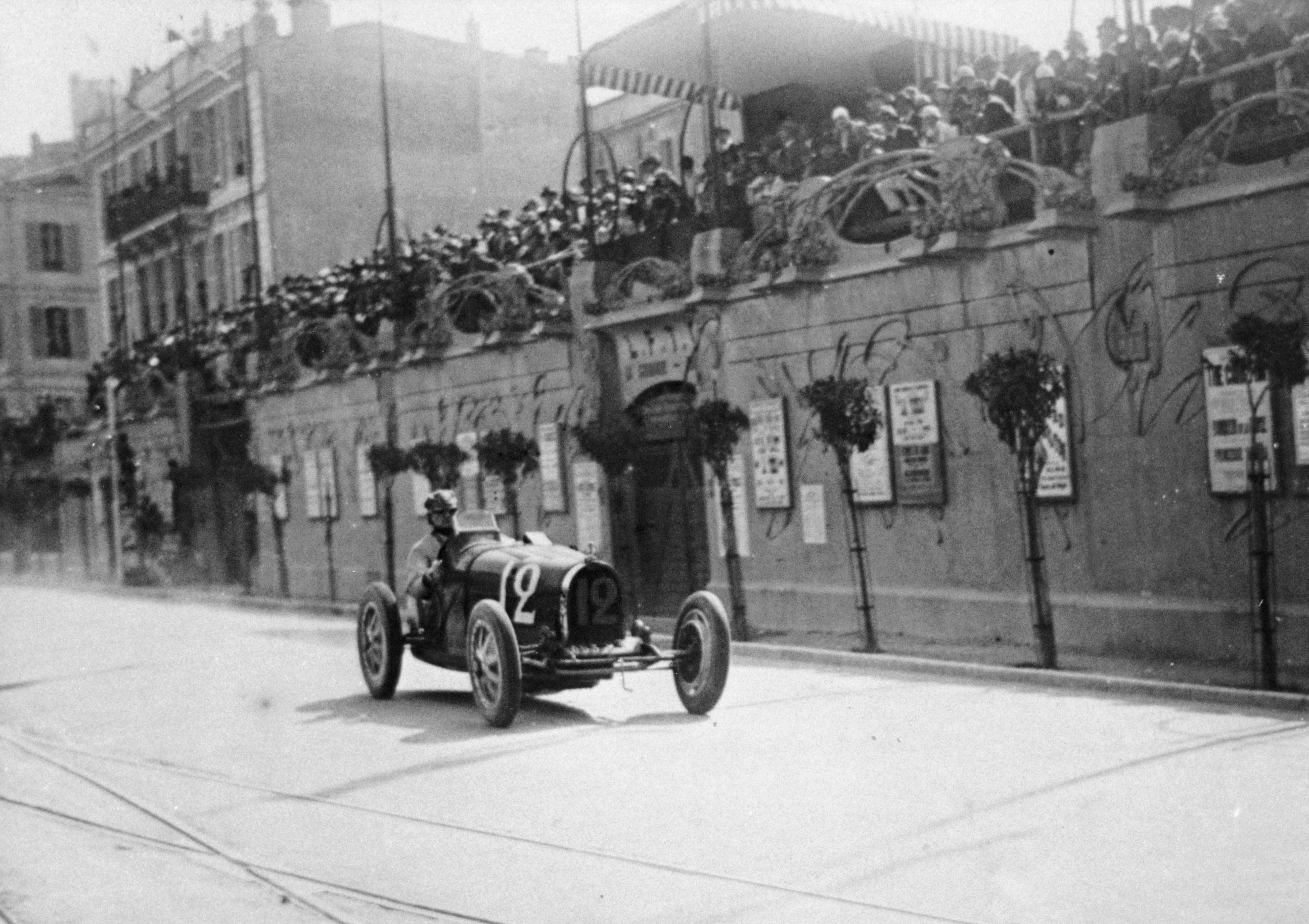 William Grover-Williams in a Bugatti 35B, in the Monaco Grand Prix, 1929.