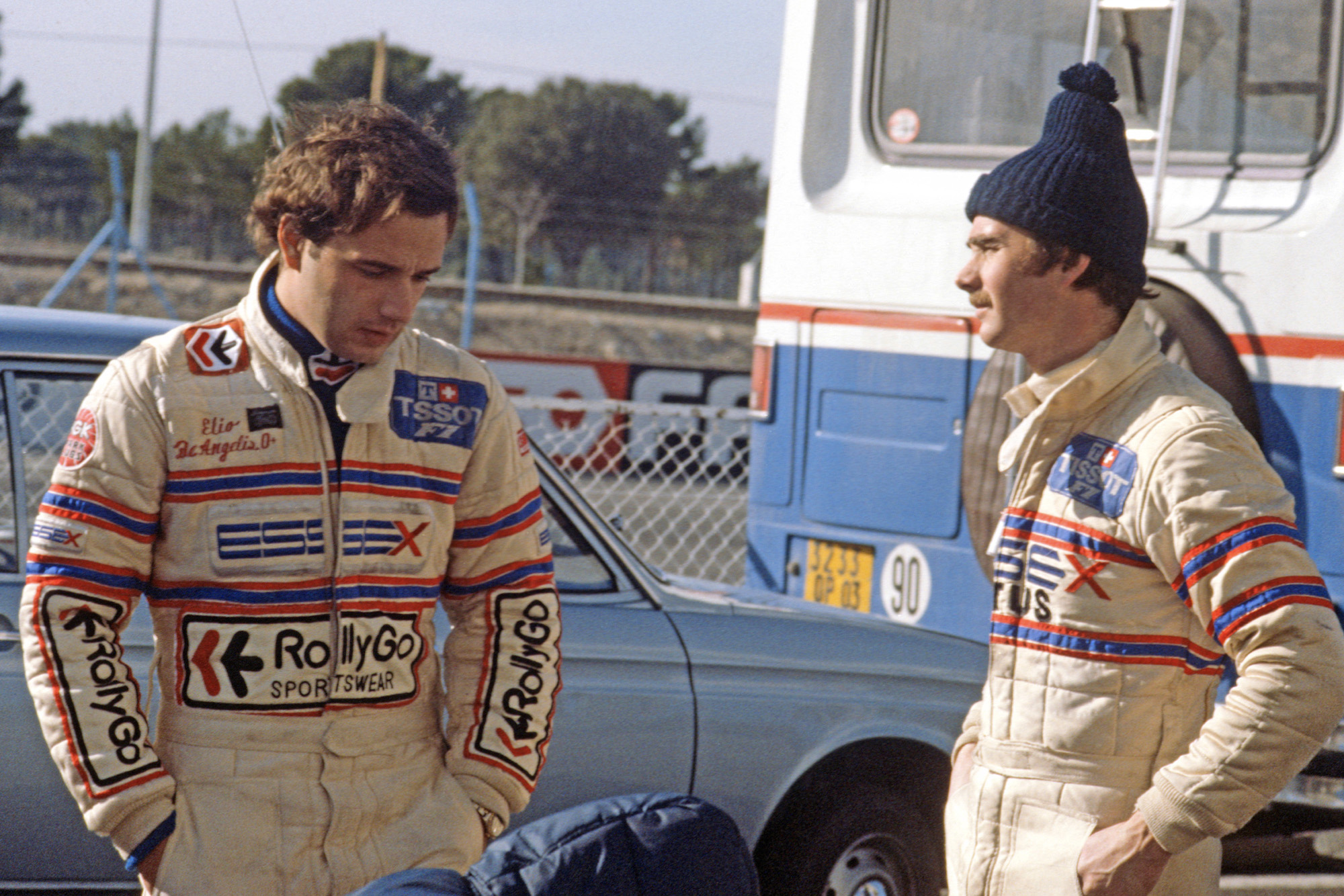 Elio de Angelis with Nigel Mansell during testing at Paul Ricard in 1981