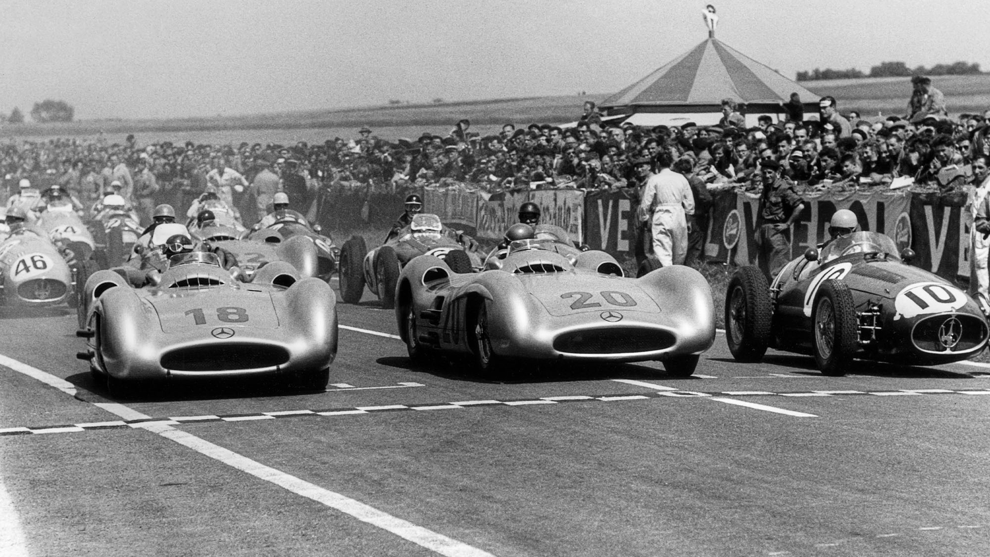 Juan Manuel Fangio, Karl Kling, Alberto Ascari, Mercedes W196, Grand Prix of France, Reims, 04 July 1954. (Photo by Bernard Cahier/Getty Images)