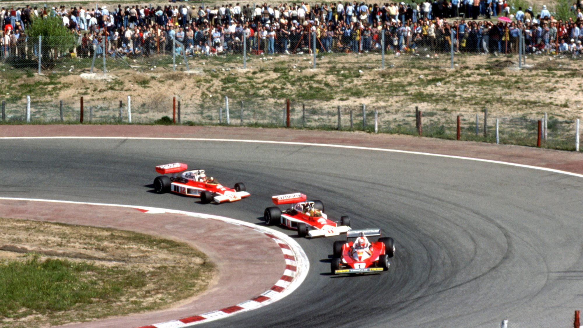 Niki Lauda leads James Hunt and Jochen Mass at the 1976 Spanish Grand Prix