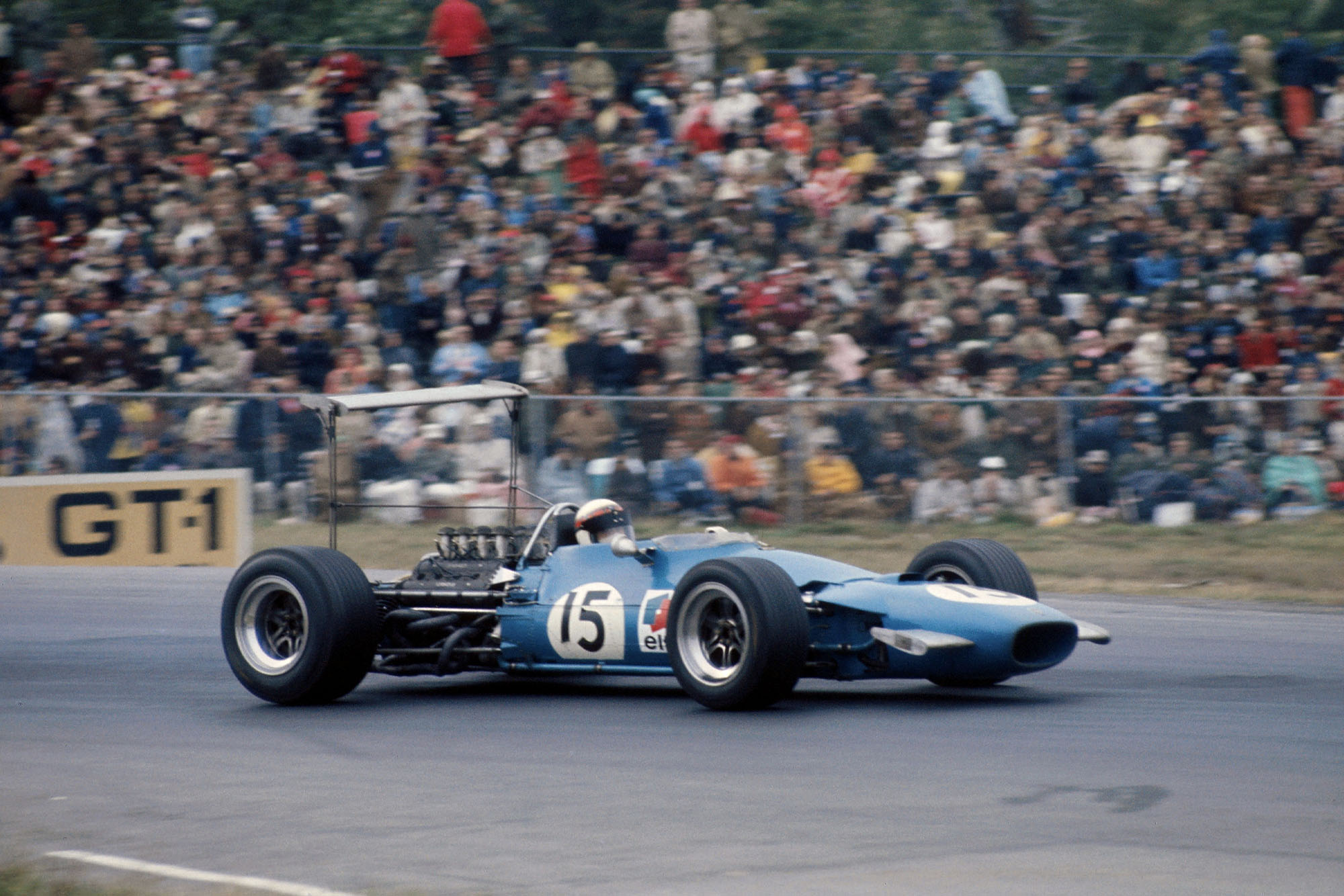 Jackie Stewart on his way to winning the 1968 US Grand Prix for Matra.