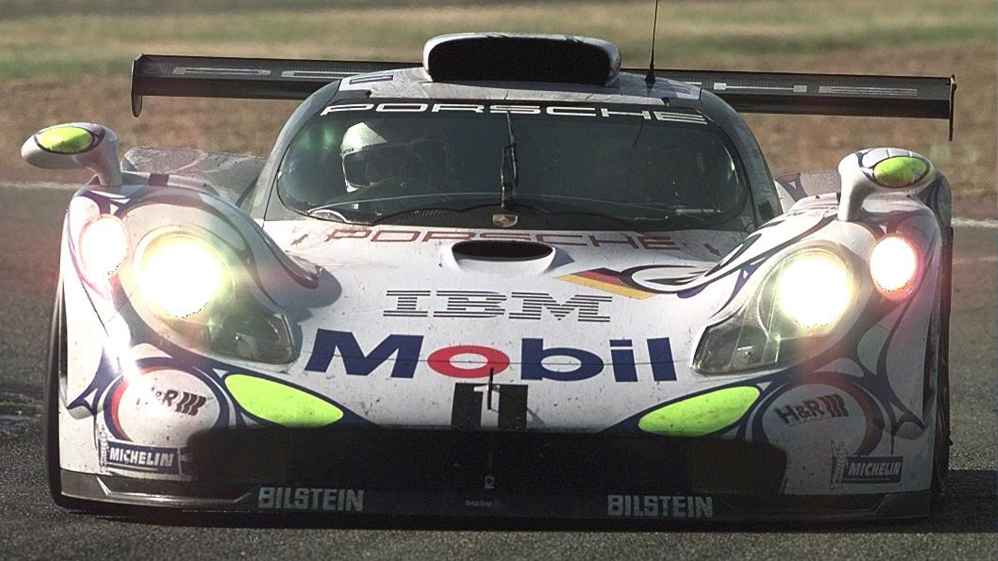 Porsche 911 GT1 Bob Wollek