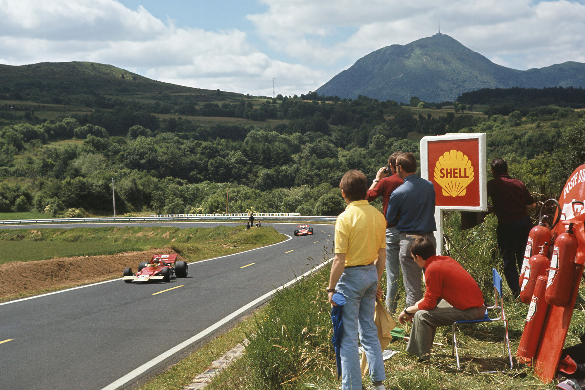 Jochen Rindt leads for Lotus during the 1970 French Grand Prix
