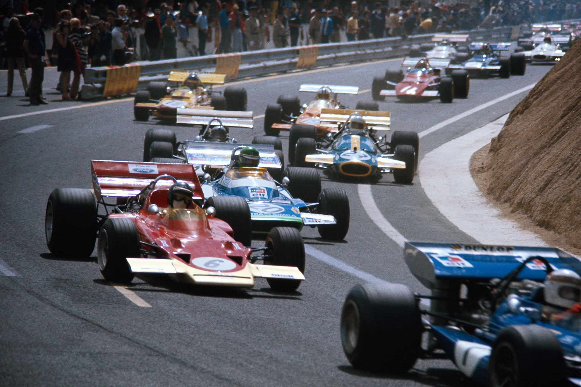 The 1970 French Grand Prix starts