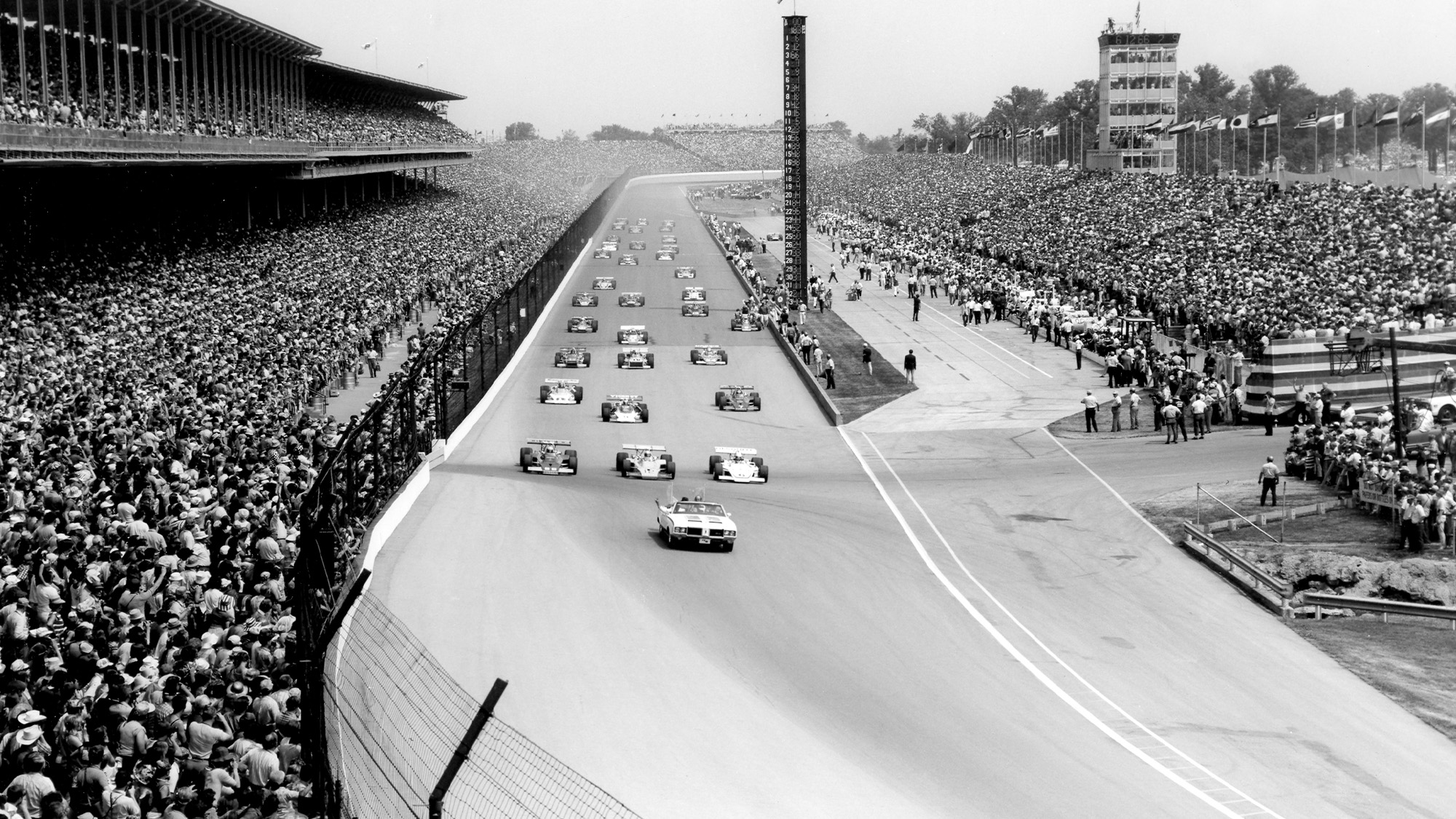 Start of the 1972 Indy 500