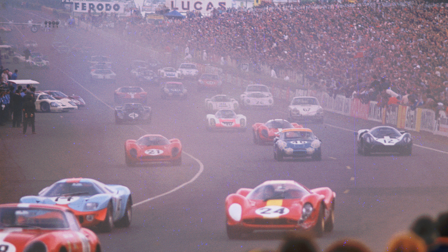 Start of the 1967 Le Mans 24 Hours