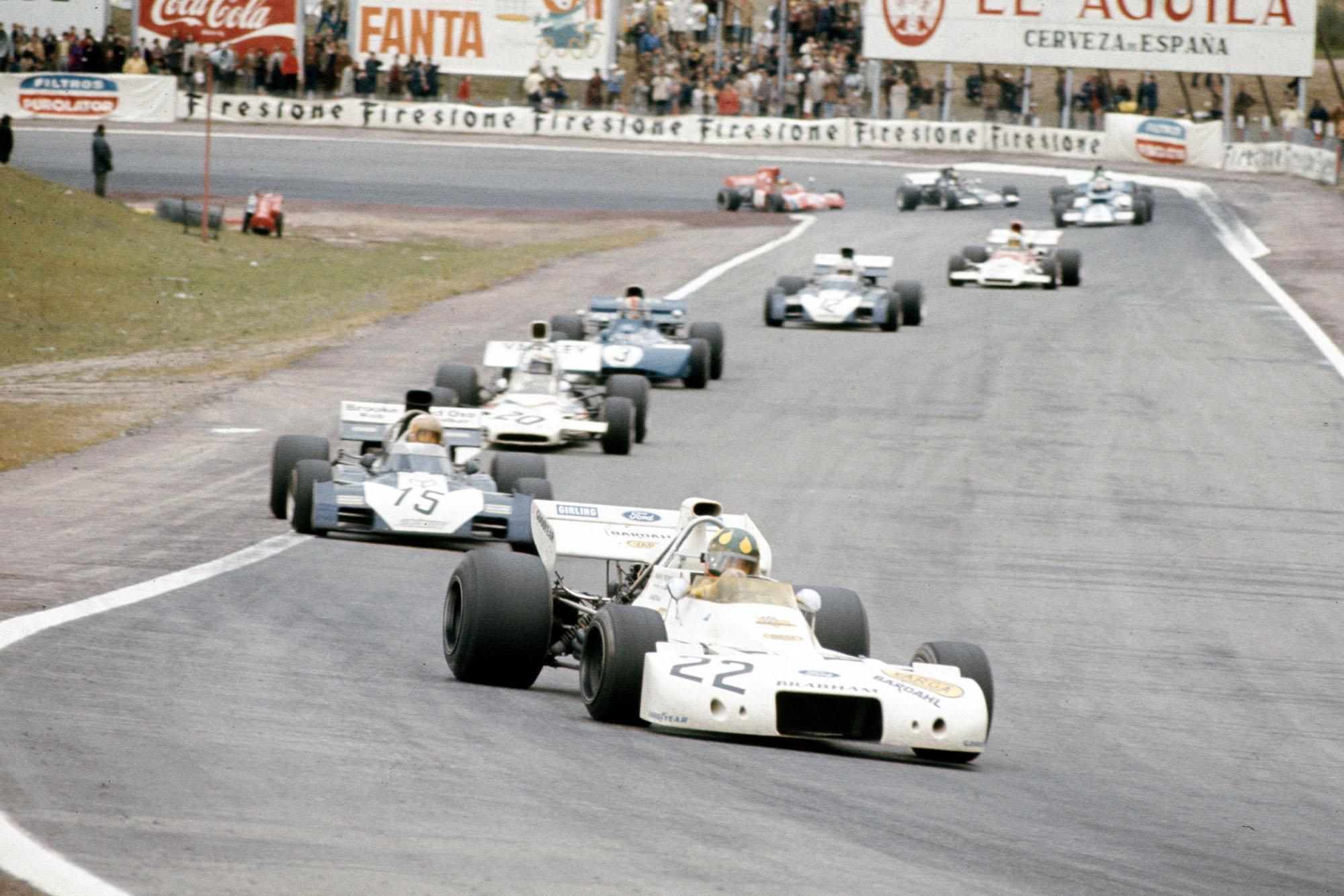 Brabham's Wilson Fittipaldi leads the midfield pack during the 1972 Spanish Grand Prix, Jarama.