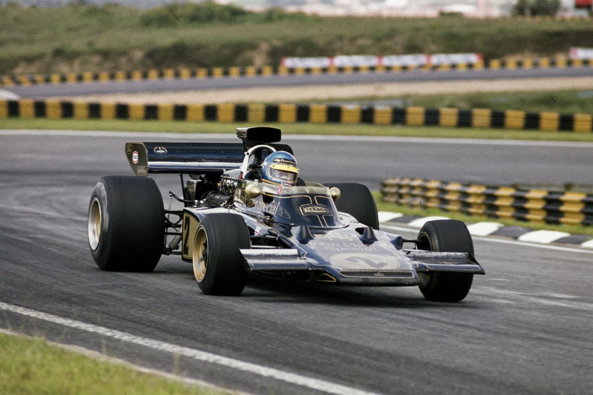 Ronnie Peterson in his Lotus at the 1973 Brazilian Grand Prix, Interlagos.
