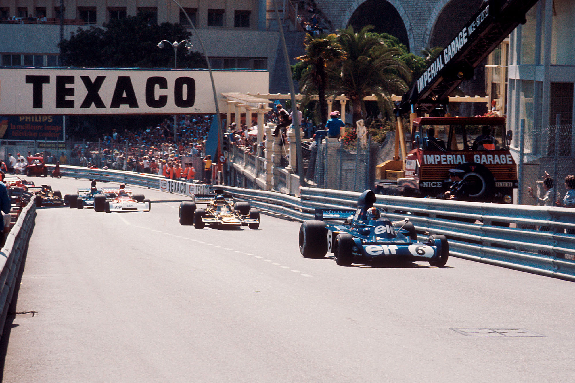 Jackie Stewart leads up Beau Rivage at the start of the 1973 Monaco Grand Prix.