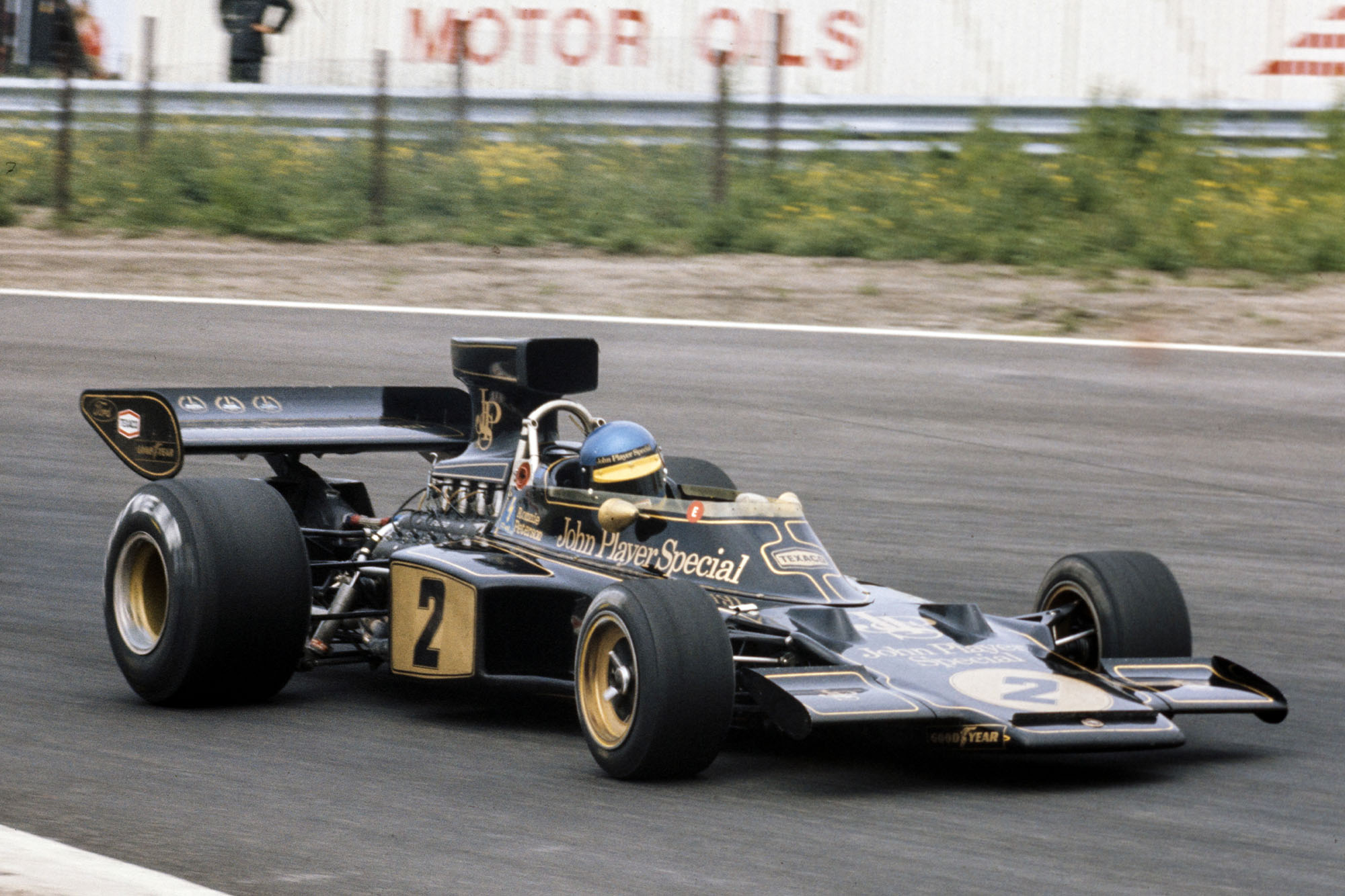Ronnie Peterson racing for Lotus at the 1973 Dutch Grand Prix, Zandvoort.