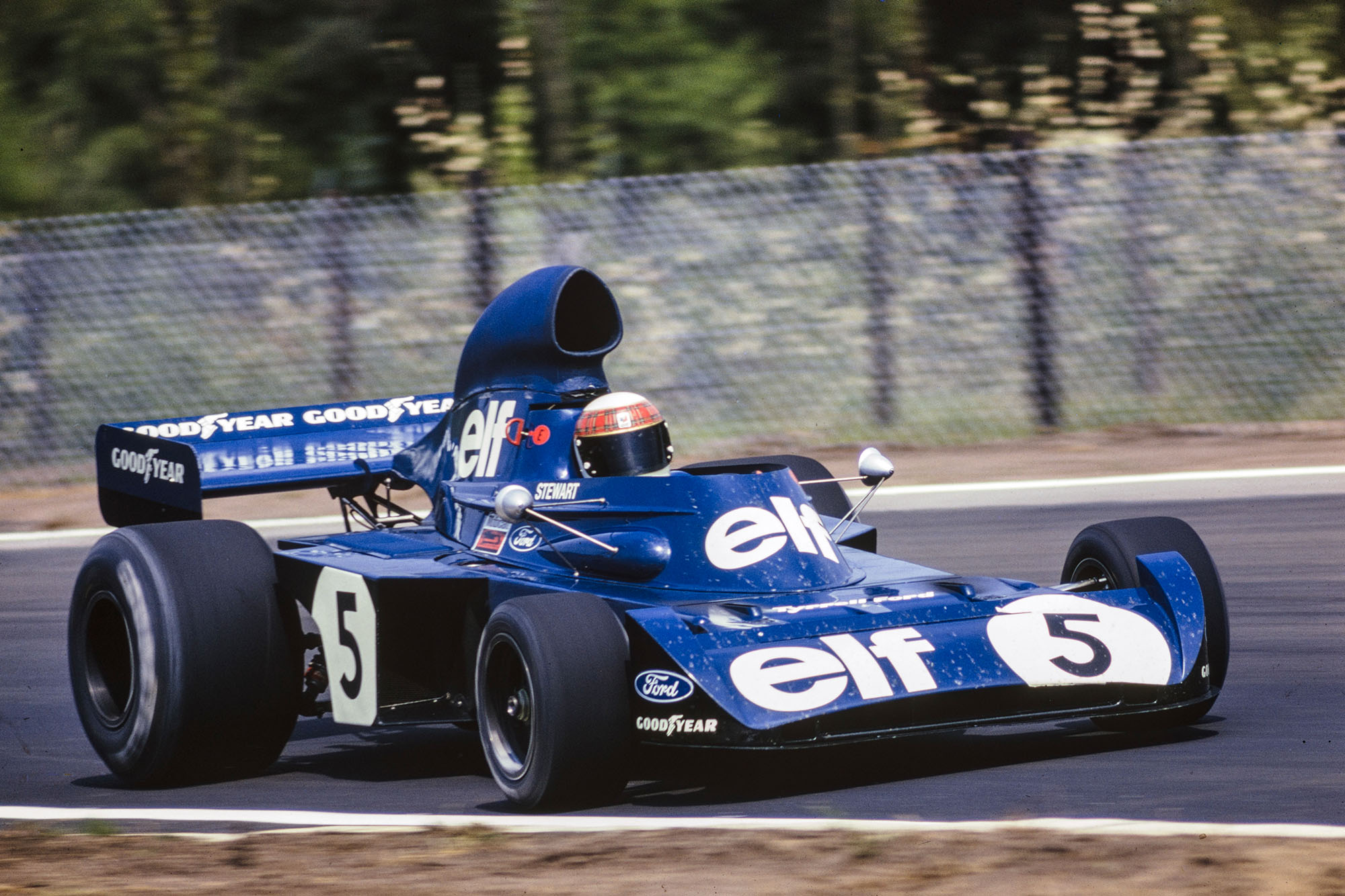Jackie Stewart driving for Tyrrell at the 1973 Dutch Grand Prix, Zandvoort.