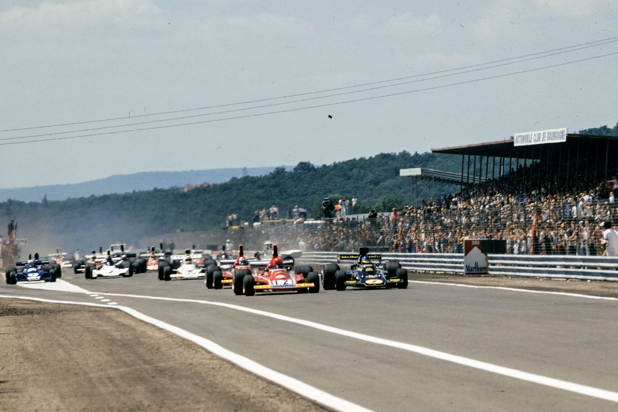 The cars race down to the first corner at the start of the 1974 French Grand Prix, Paul Ricard.