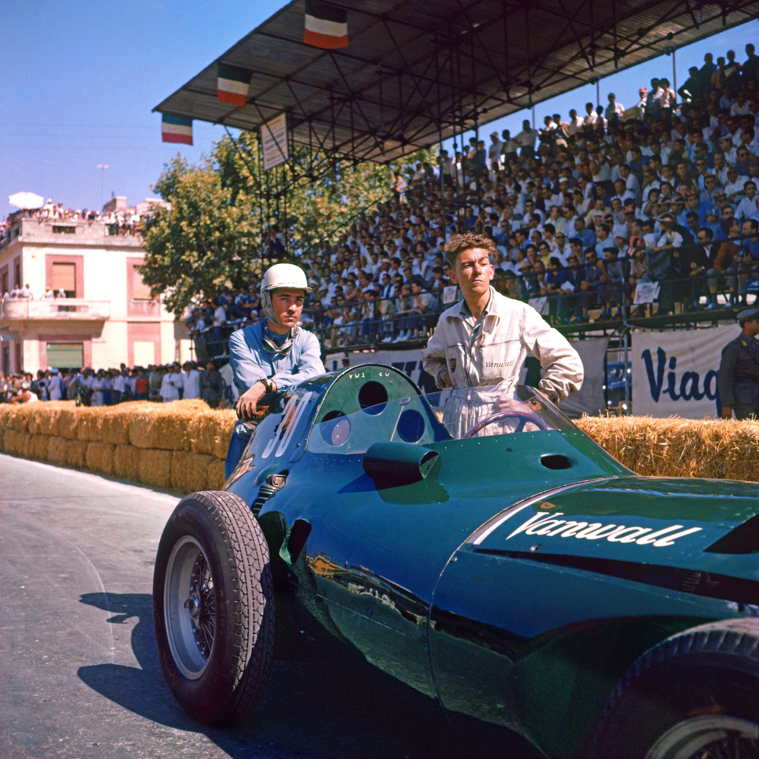 Stuart Lewis-Evans and a Vanwall mechanic on the grid before the 1957 Pescara Grand Prix. Photo: Grand Prix Photo