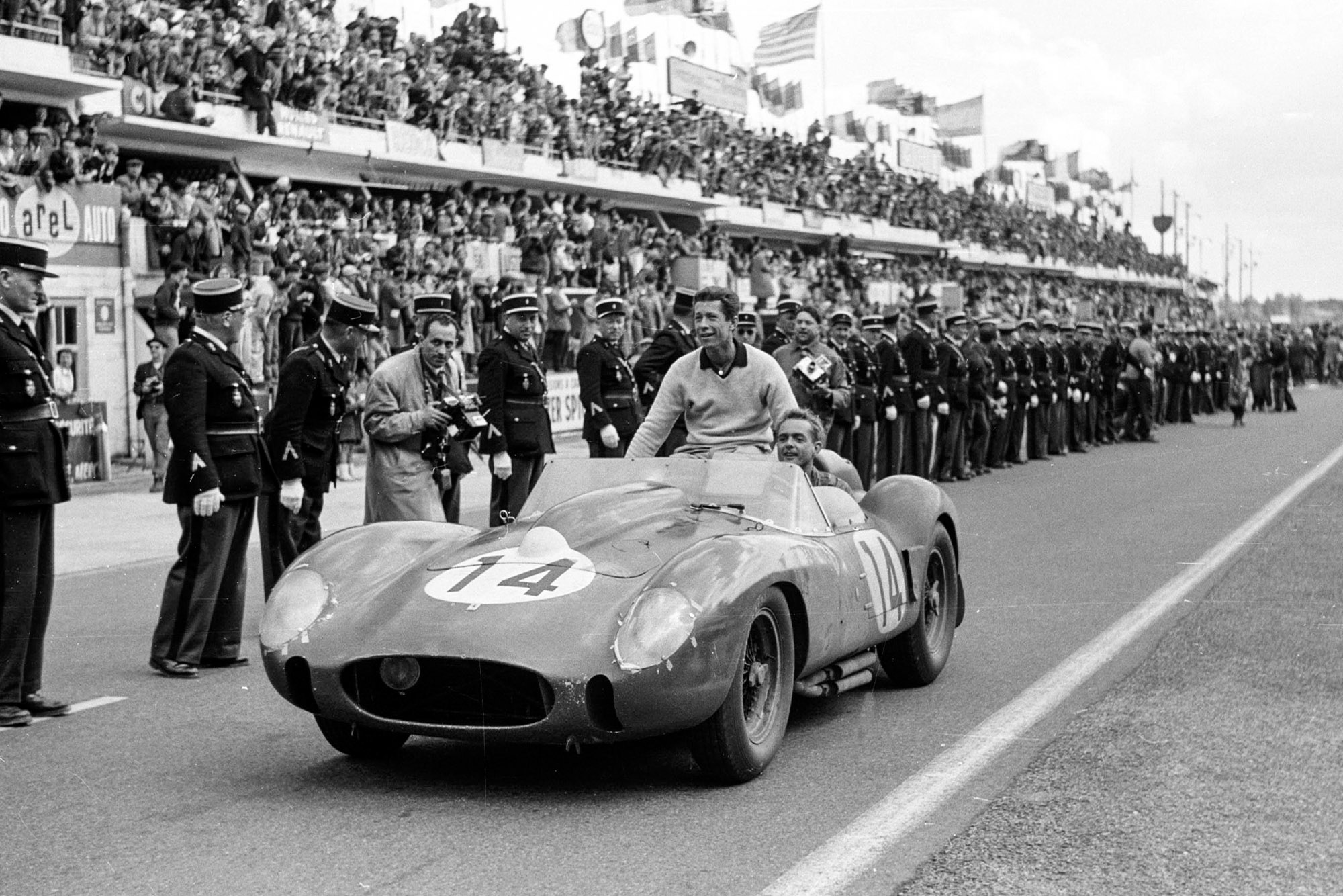Olivier Gendebien and Phil Hill at the 1958 Le Mans 24 Hours