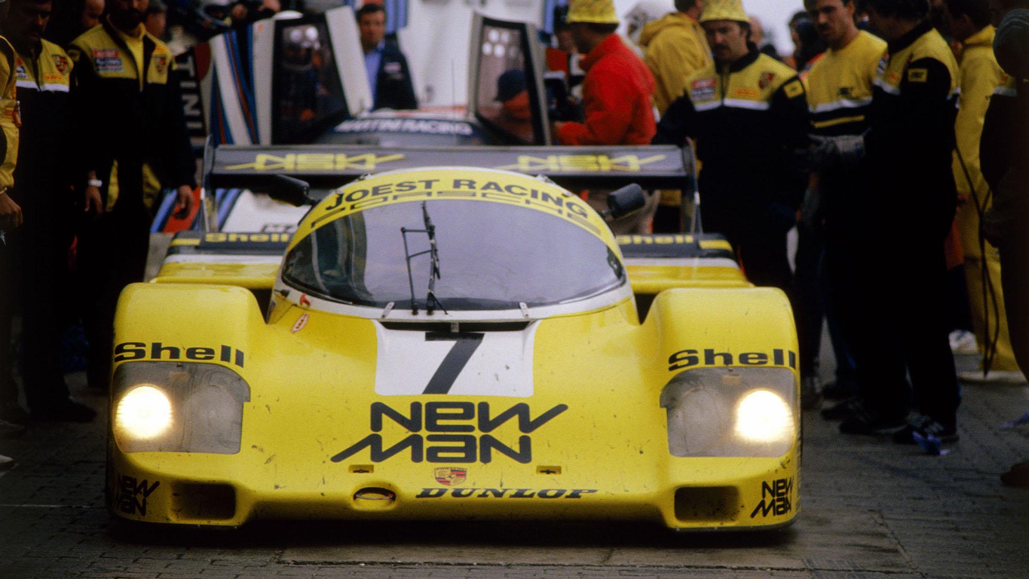 AUTO - GT PROTO 1984 - 1000 KM NURBURGRING 1984 - PHOTO: DPPI STEFAN JOHANSSON - HENRI PESCAROLO - AYRTON SENNA / PORSCHE 956 NEW MAN NEWMAN - AMBIANCE PIT KM