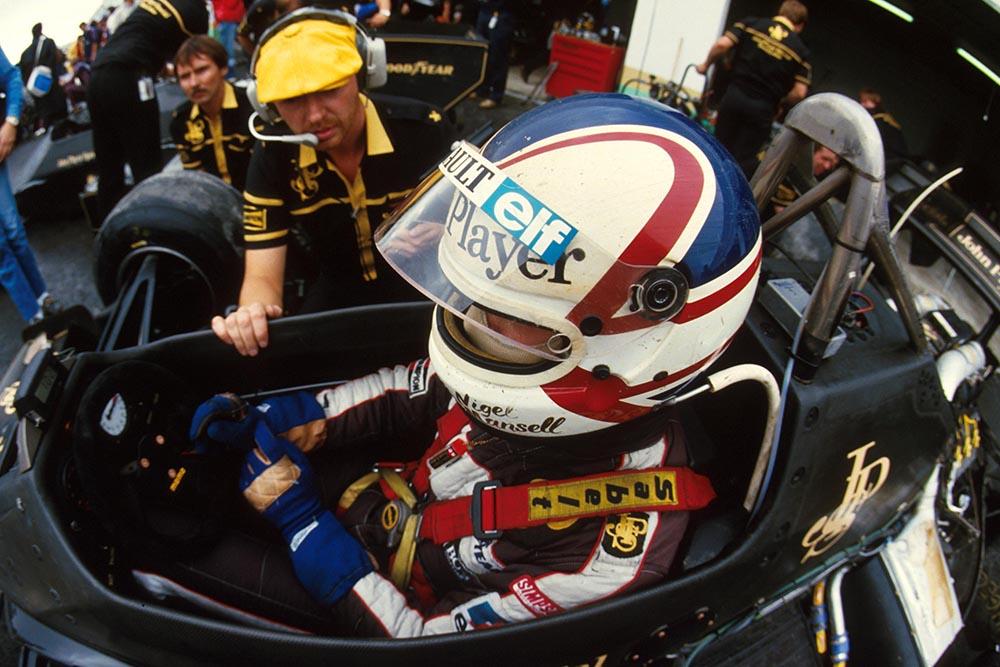 Nigel Mansell (GBR), Lotus 95T and Steve Hallam (GBR) Lotus Engineer. Portugese GP, Estoril, 21 September 1984