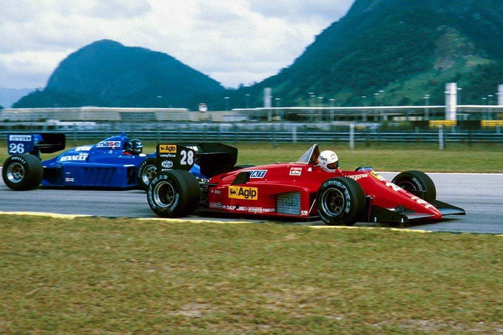 Rene Arnoux in his Ferrari Ferrari 156/85.