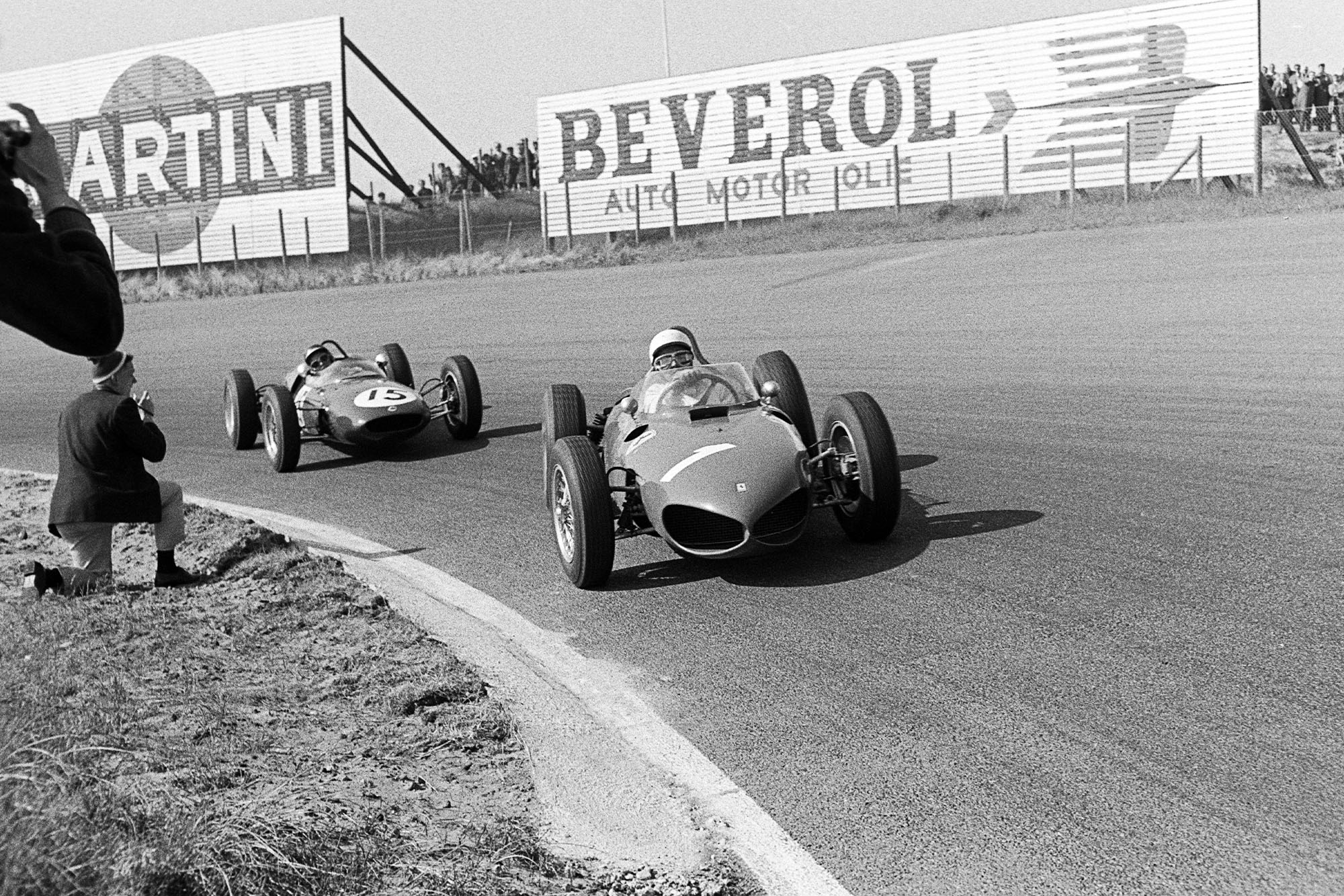 Phil Hill, Jim Clark, Ferrari 156 Sharknose, Lotus-Climax 21, Grand Prix of the Netherlands, Circuit Park Zandvoort, 22 May 1961. (Photo by Bernard Cahier/Getty Images)
