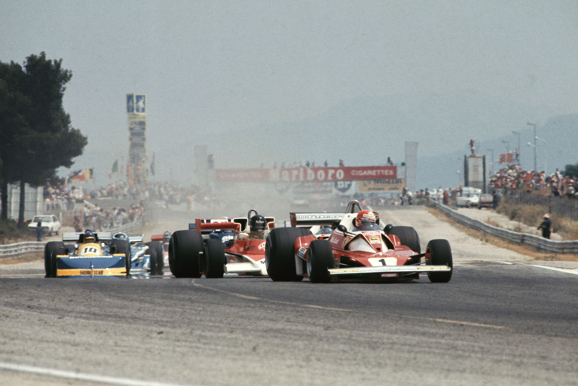 Niki Lauda leads the field at the start of the 1976 French Gran Prix, Paul Ricard.