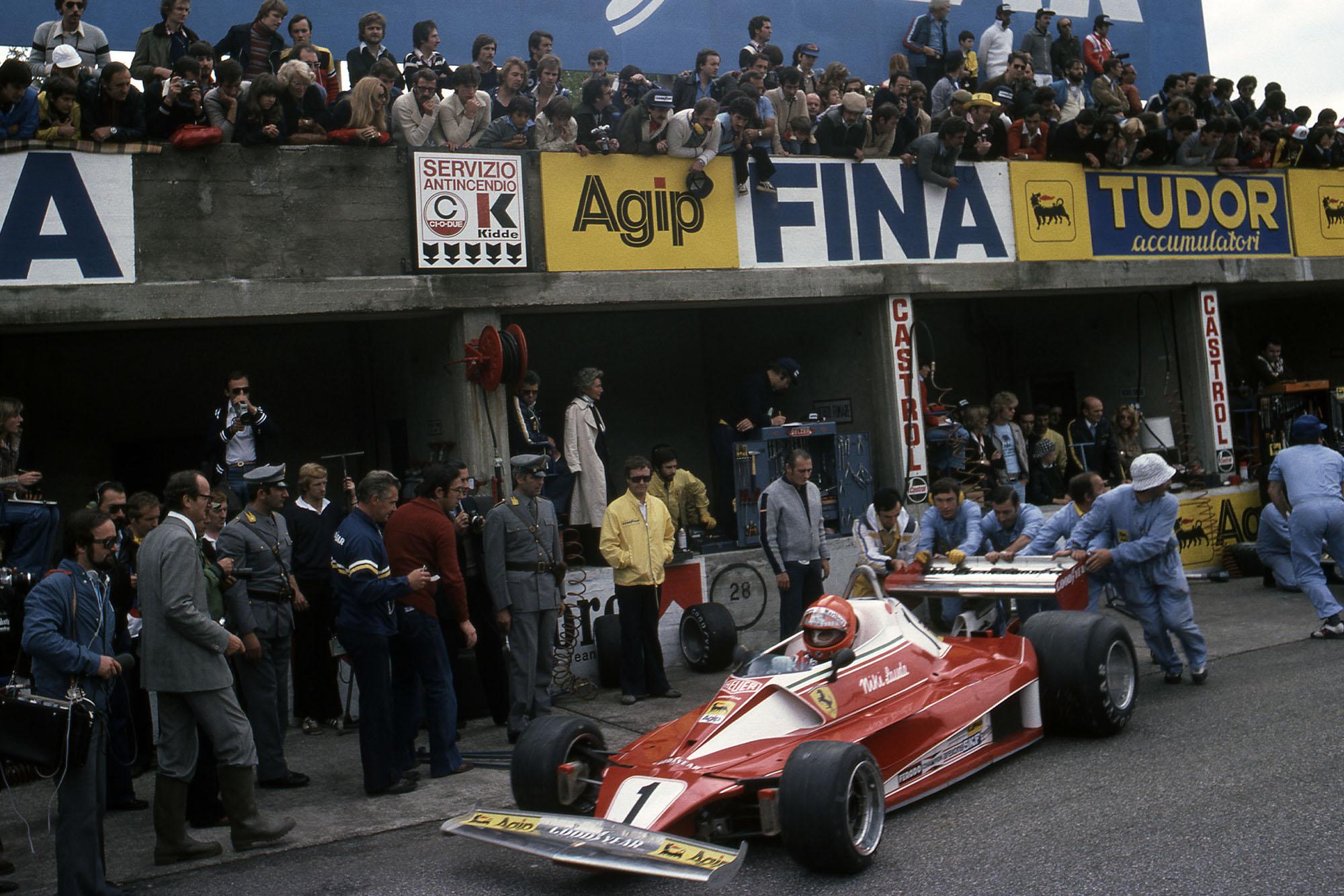 Niki Lauda (Ferrari) prepares to leave the pits at the 1976 Italian Grand Prix, Monza.