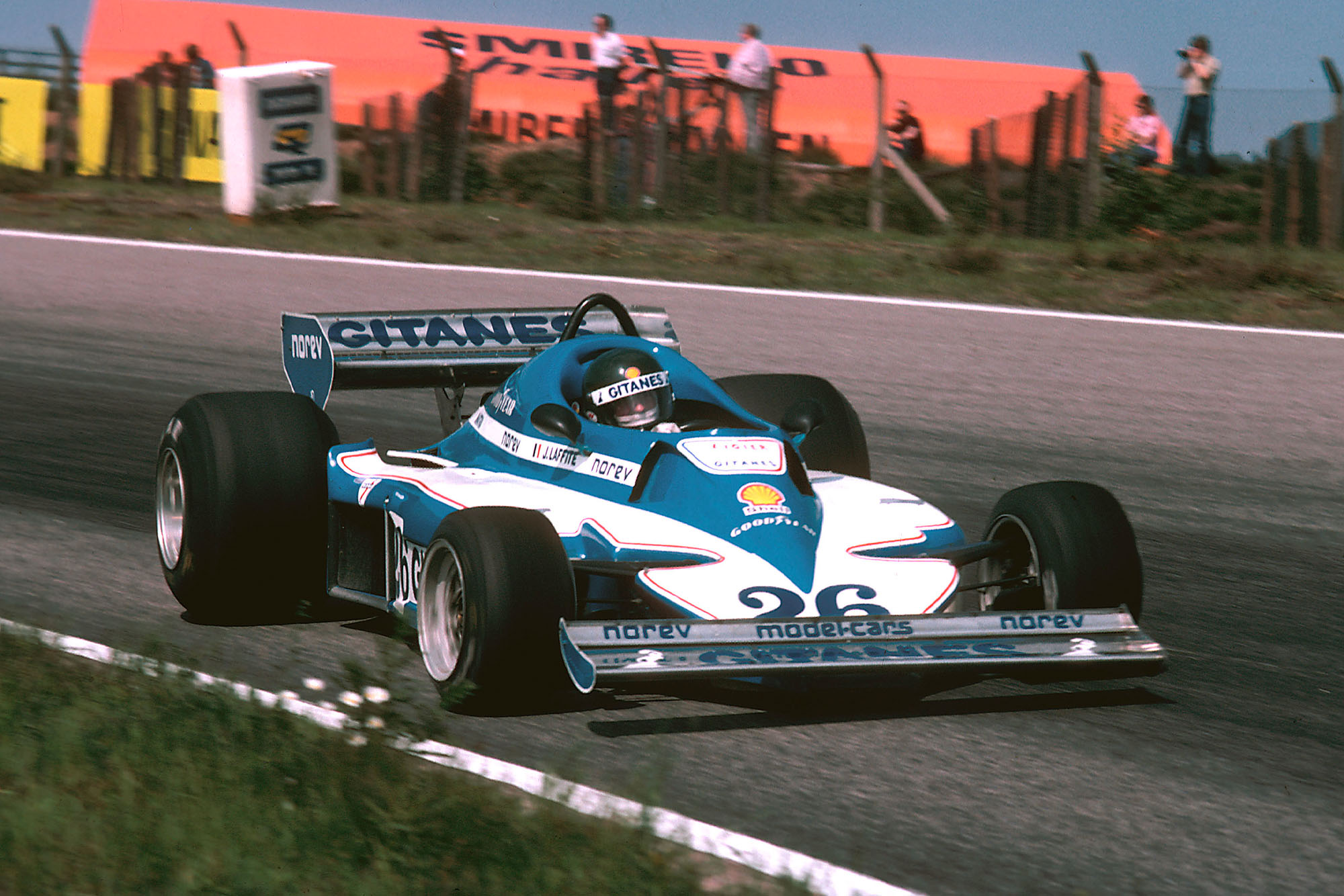 Jacques Laffite (Ligier) at the 1977 Swedish Grand Prix, Anderstorp.