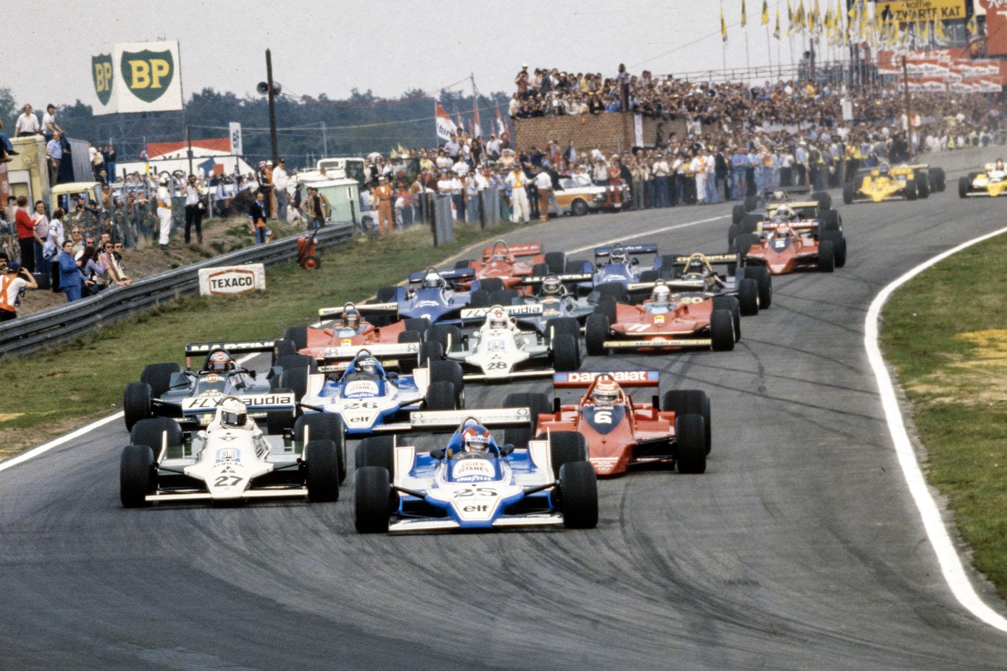 Patrick Depailler's Ligier leads the pack into the first corner, 1979 Belgian Grand Prix, Zolder.
