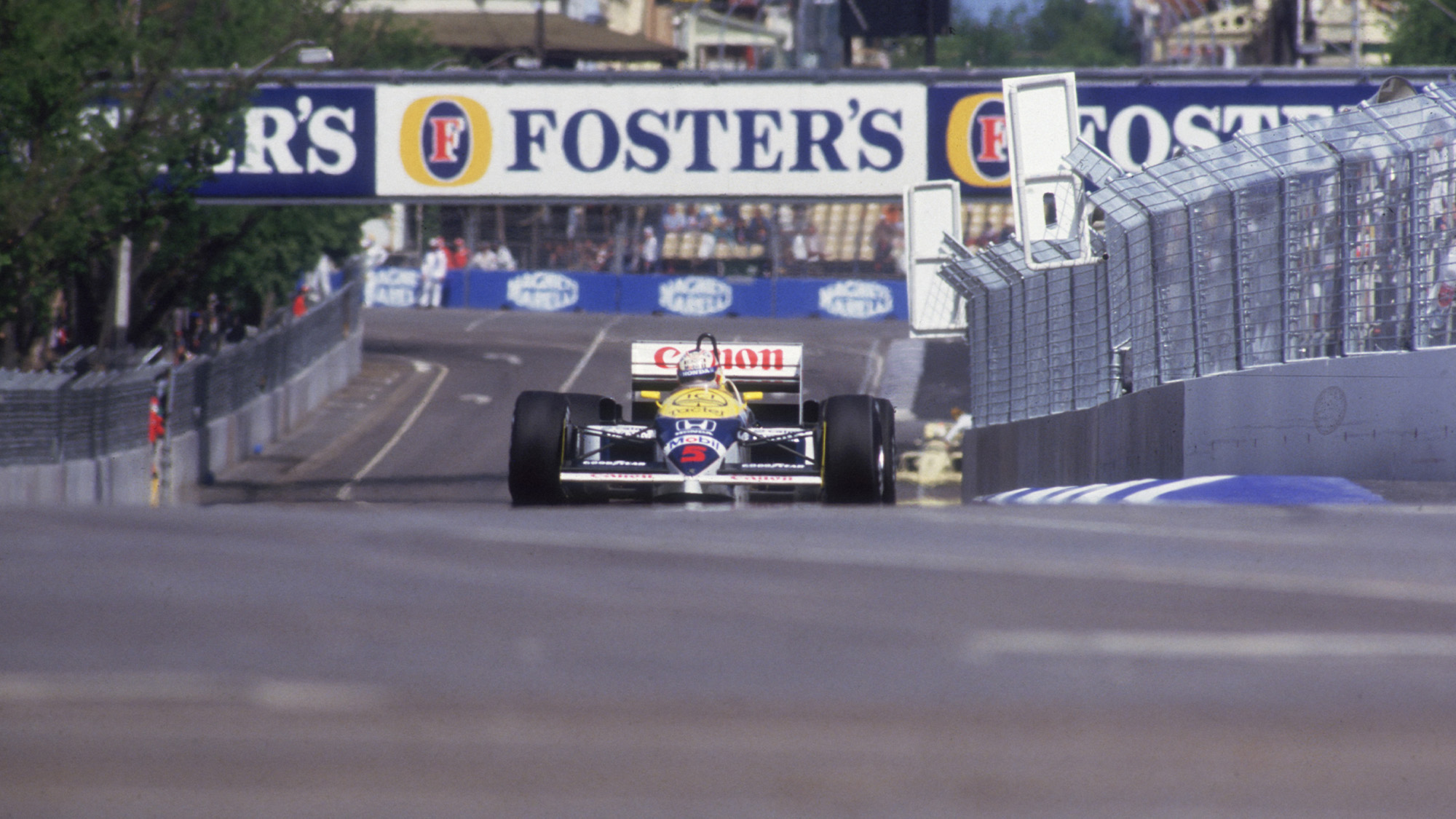 Nigel Mansell's Williams during the 1986 F1 Australian Grand Prix in Adelaide