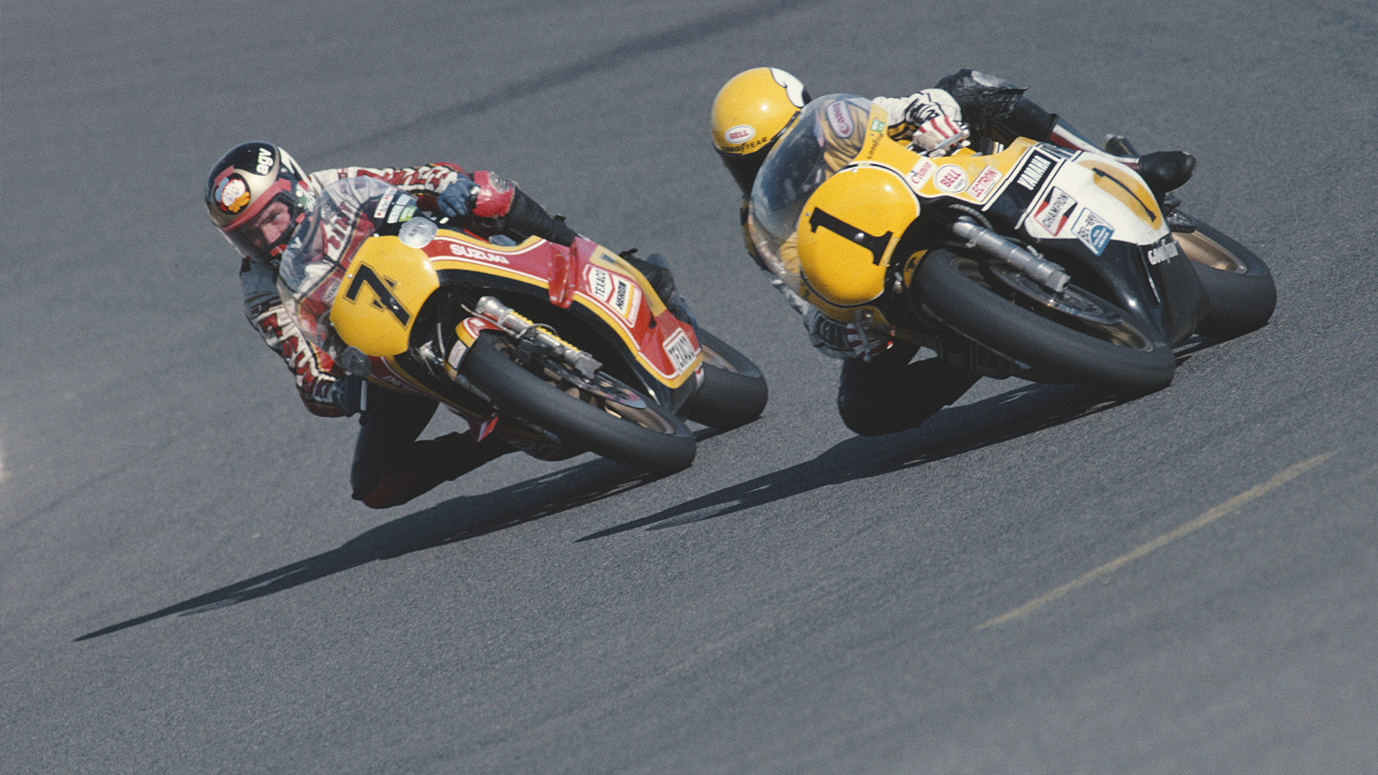 Barry Sheene battling with Kenny Roberts at the 1979 French 500cc motorcycle grand prix