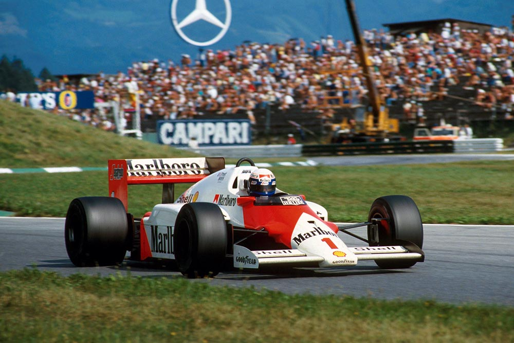 Alain Prost, McLaren MP4/2C, ended up winning the race by an entire lap.
