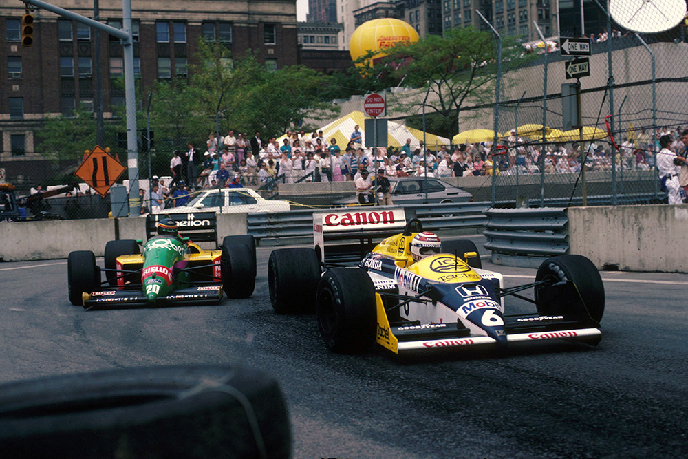 Nelson Piquet in his Williams FW11B.