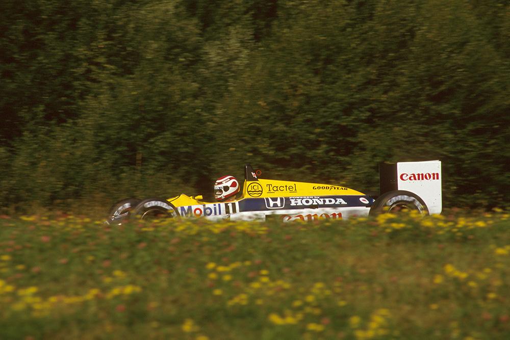 Nelson Piquet in his Williams FW11B Honda.