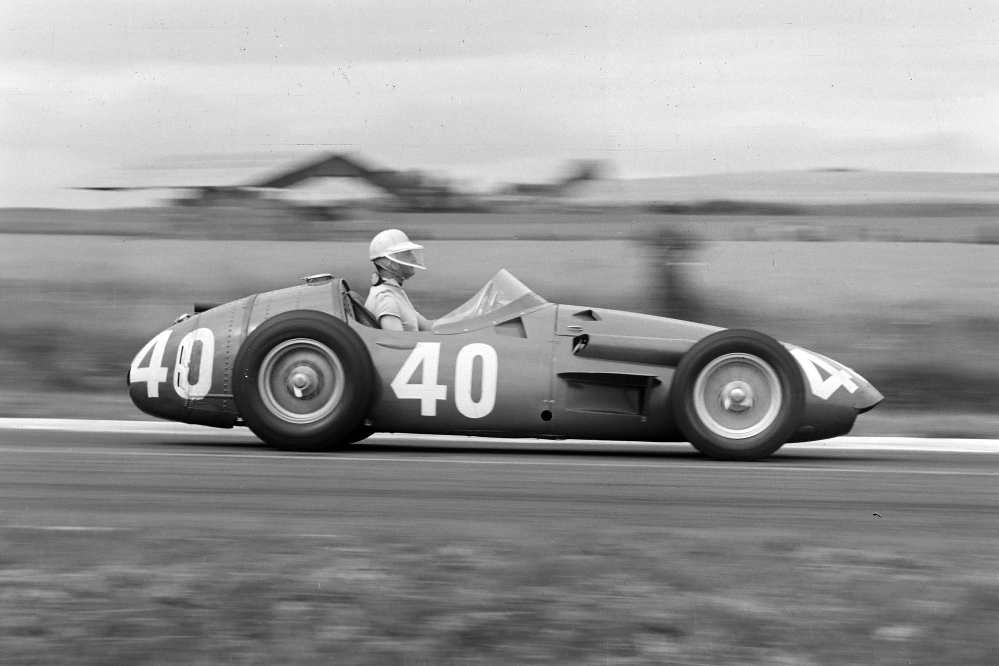 Godia-Sales heads down the straight in his Maserati