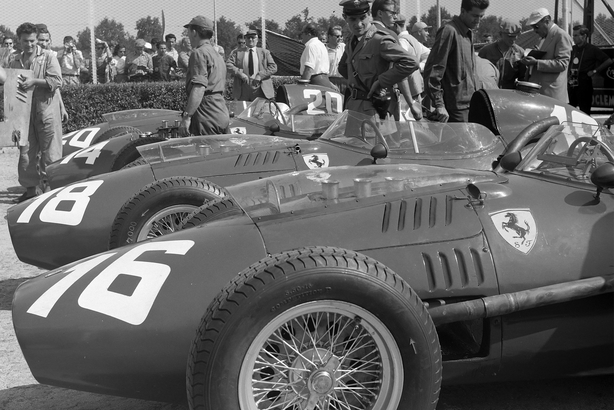 The Ferraris line-up before the race
