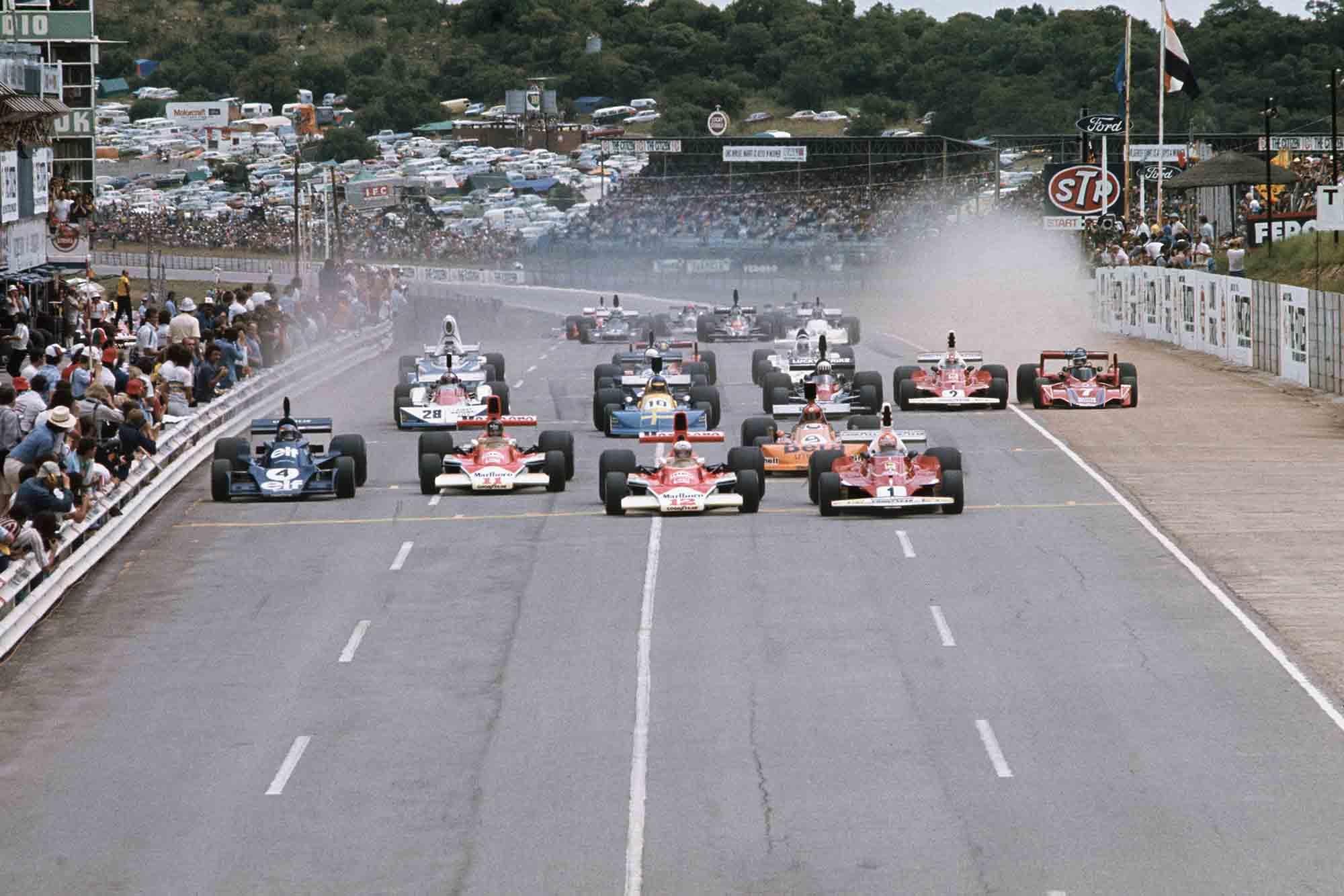 Niki Lauda's Ferrari leads the field at 1976 South African Grand Prix