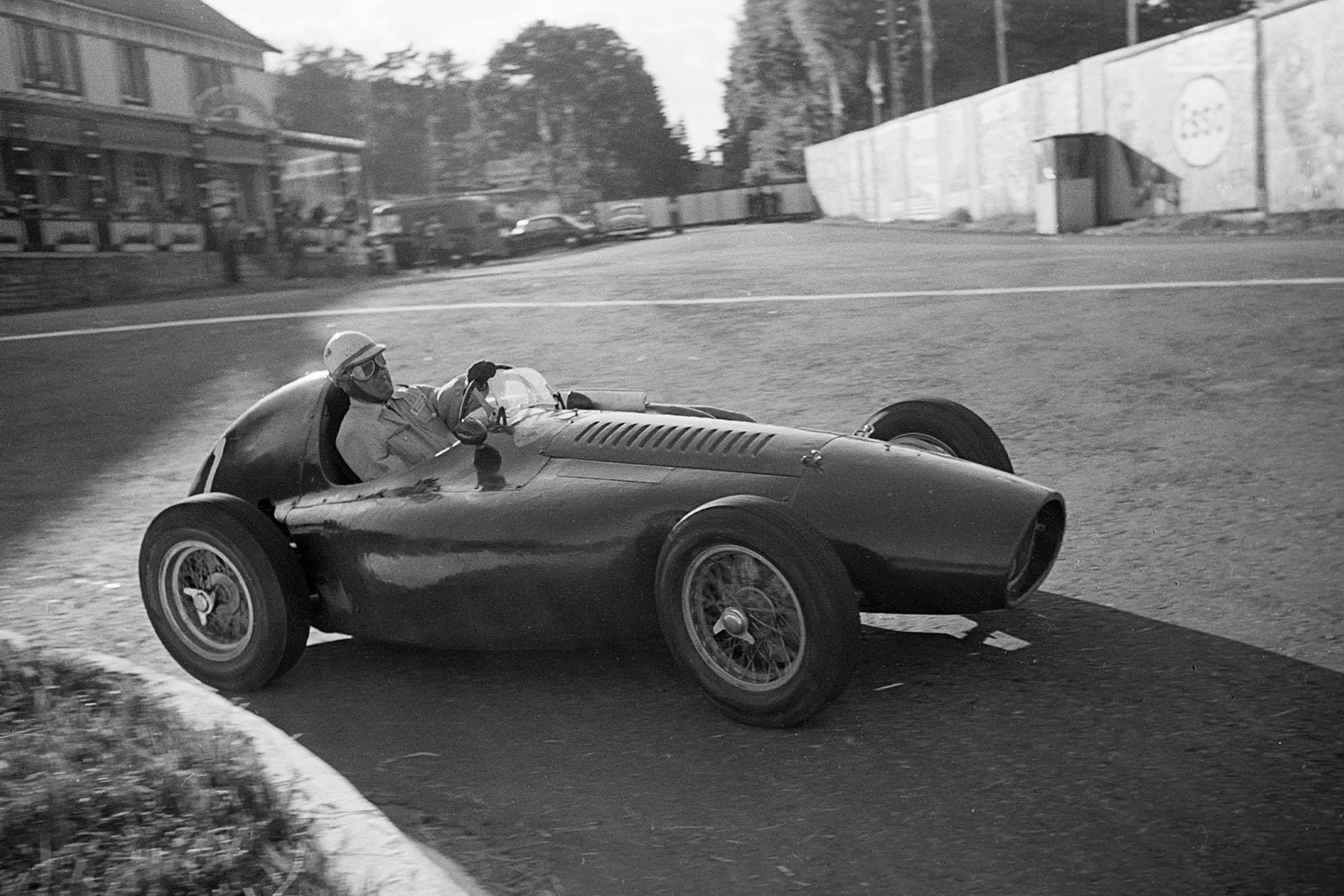 Nino Farina, Ferrari 553 , Grand Prix of Belgium, Circuit de Spa-Francorchamps, 20 June 1954. (Photo by Bernard Cahier/Getty Images)